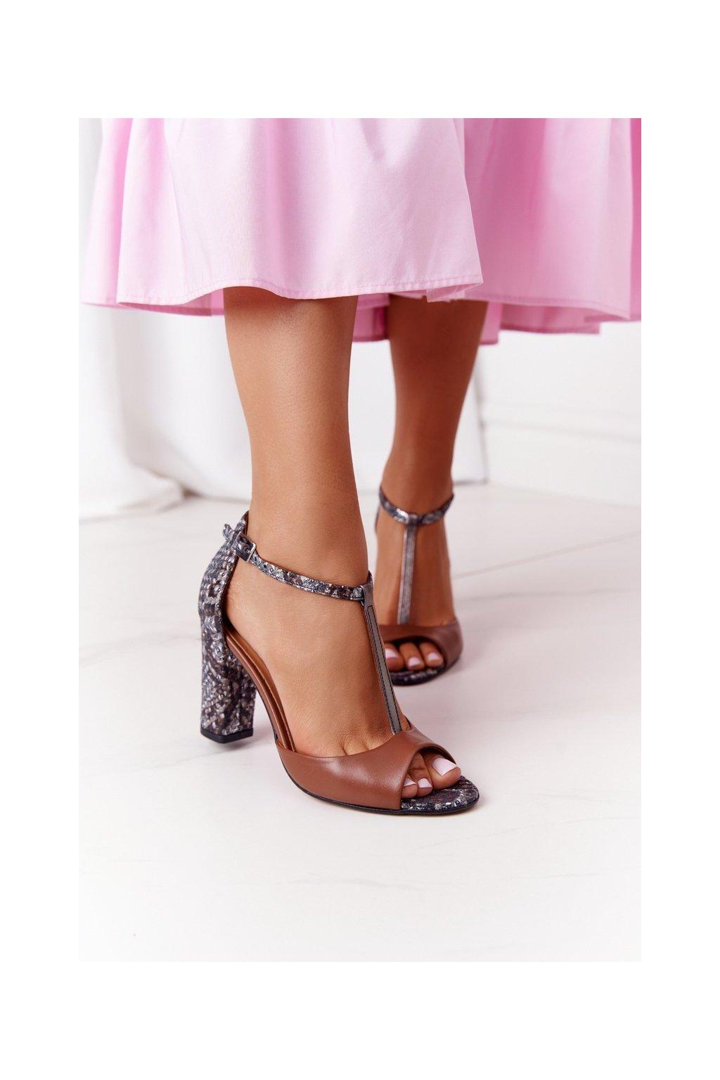 Dámske sandále farba hnedá kód obuvi 1916 115-710-720 BROWN