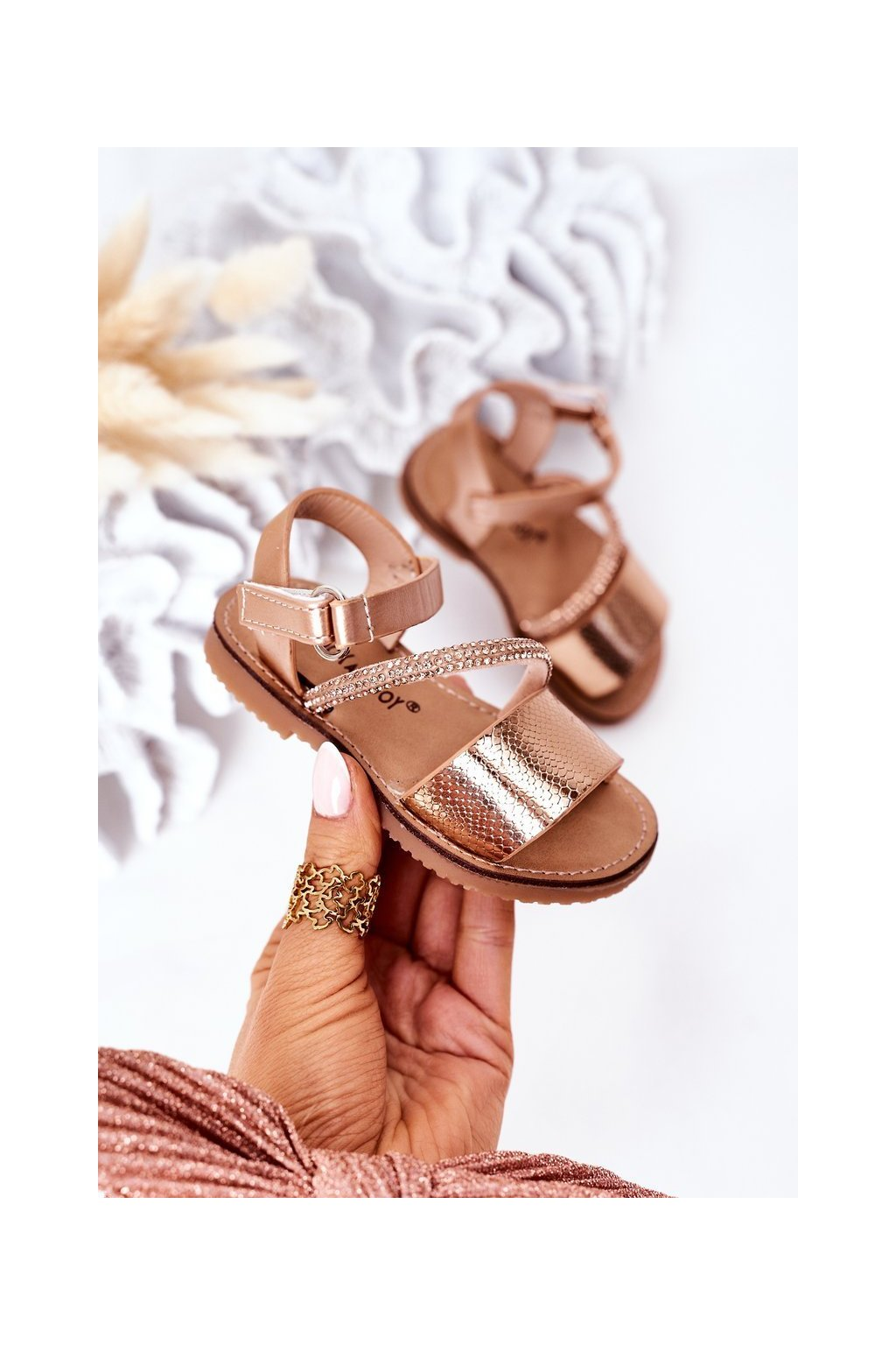 Detské sandále farba žltá kód obuvi 272-C GOLD
