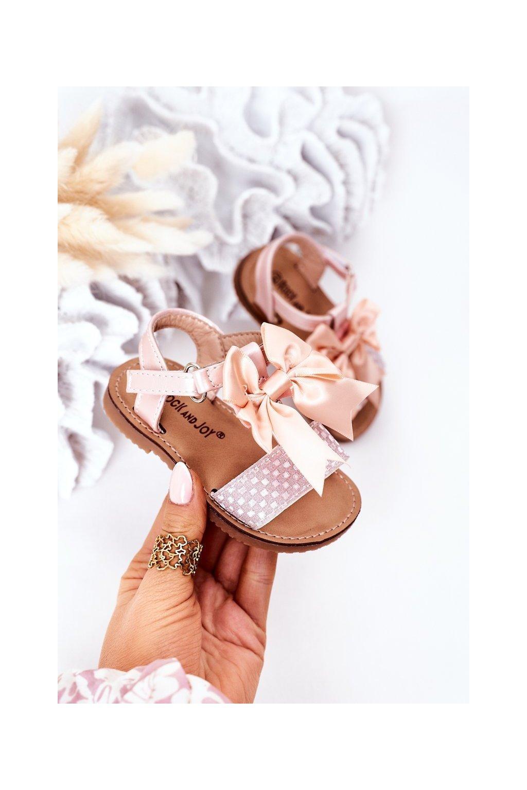 Detské sandále farba ružová kód obuvi 270-B PINK