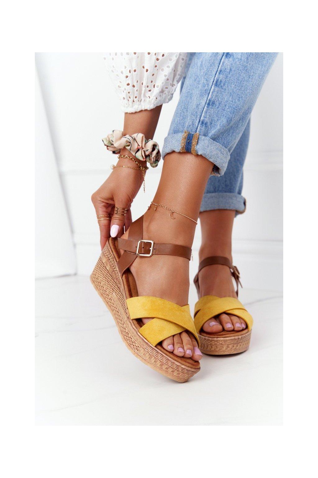 Dámske sandále farba hnedá kód obuvi GD-38 YELLOW