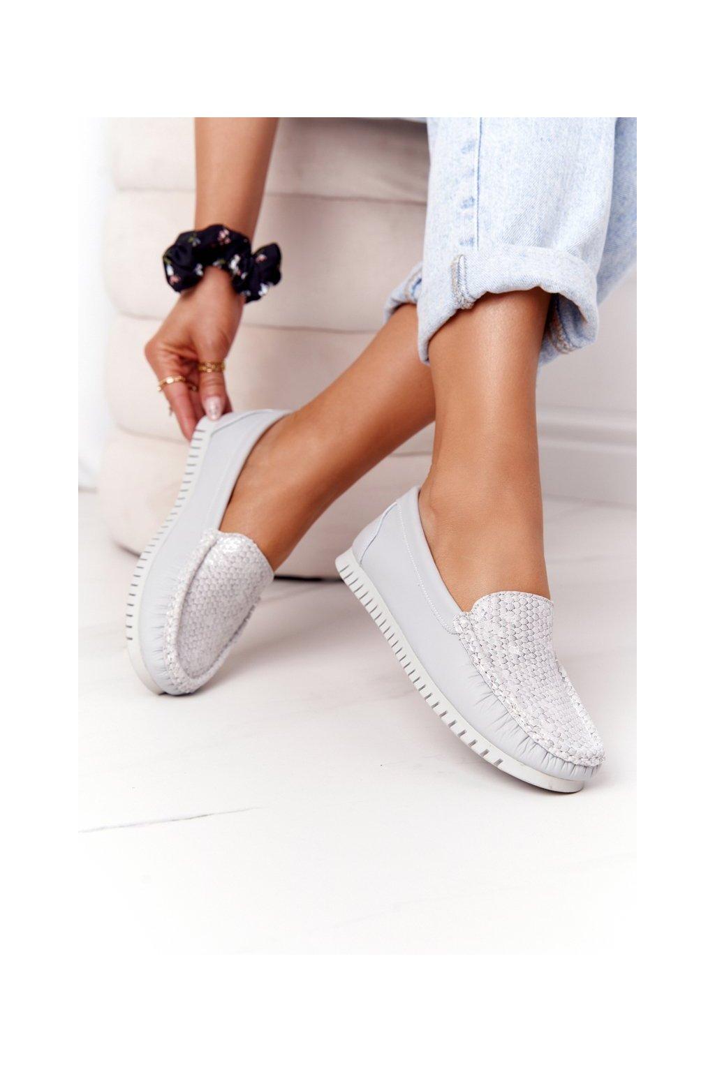 Dámske mokasíny farba sivá kód obuvi 97630 GREY