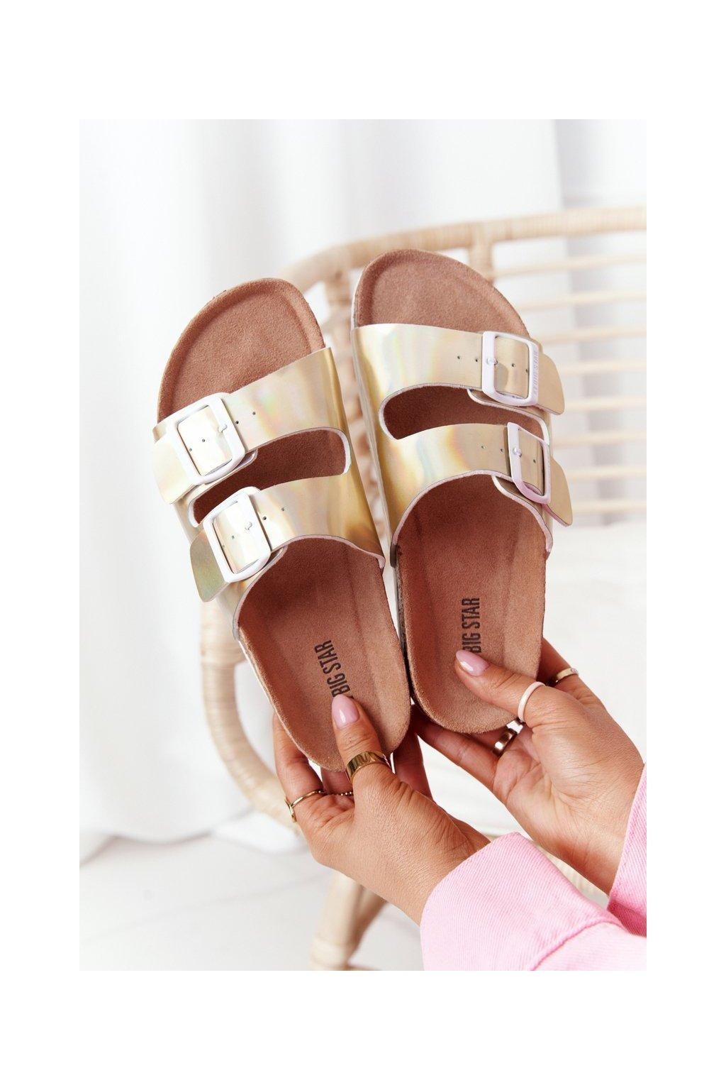 Dámske šľapky farba žltá kód obuvi HH274896 GOLD
