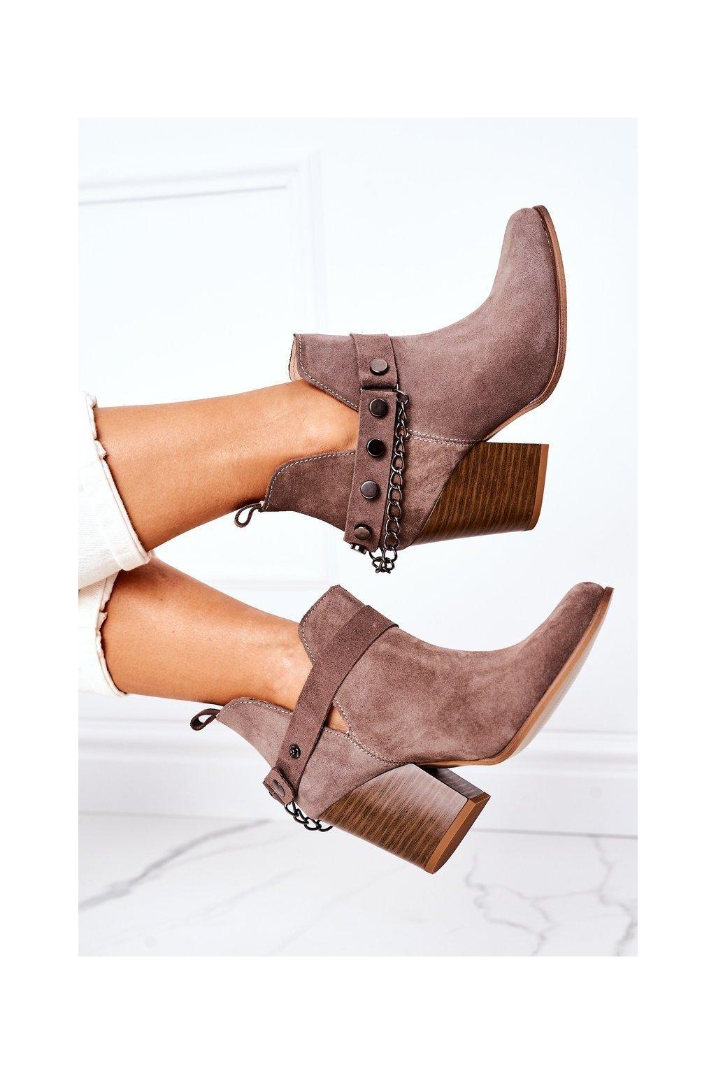 Členkové topánky na podpätku farba hnedá kód obuvi 2880 ZIEMIA WELUR