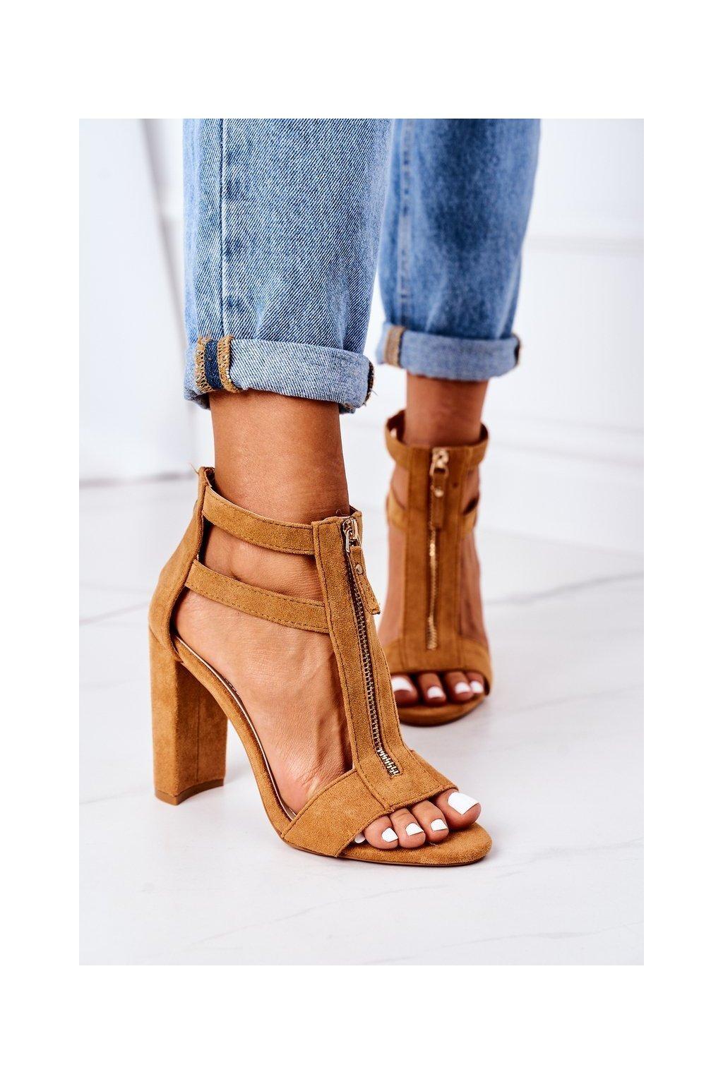 Dámske sandále farba hnedá kód obuvi LE070P CAMEL