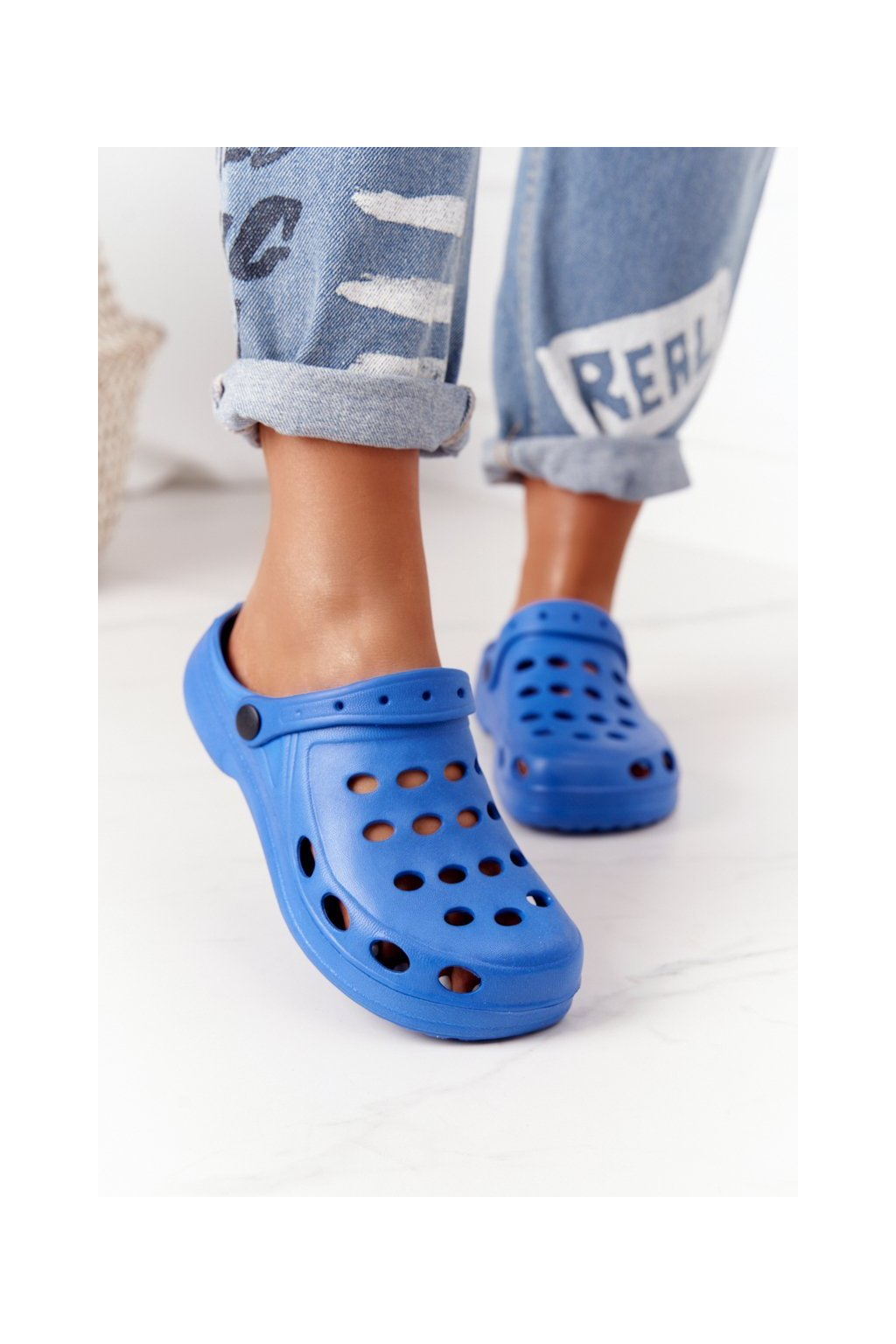 Dámske šľapky farba modrá kód obuvi A-002 BLUE