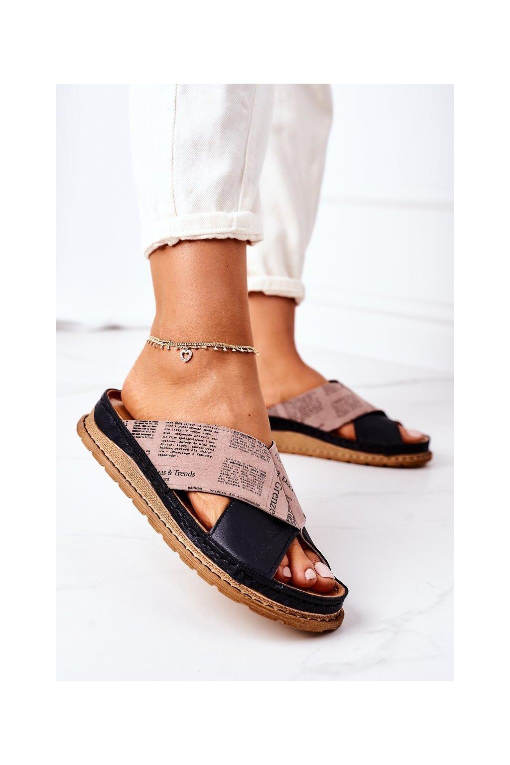 Dámske šľapky farba čierna kód obuvi 04986-01/00-0 CZARNO BRĄZOWY