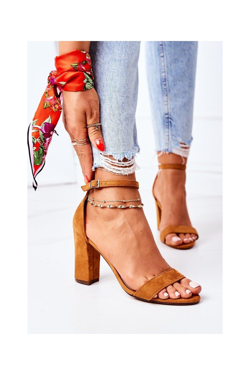 Dámske sandále farba hnedá kód obuvi CD59 CAMEL