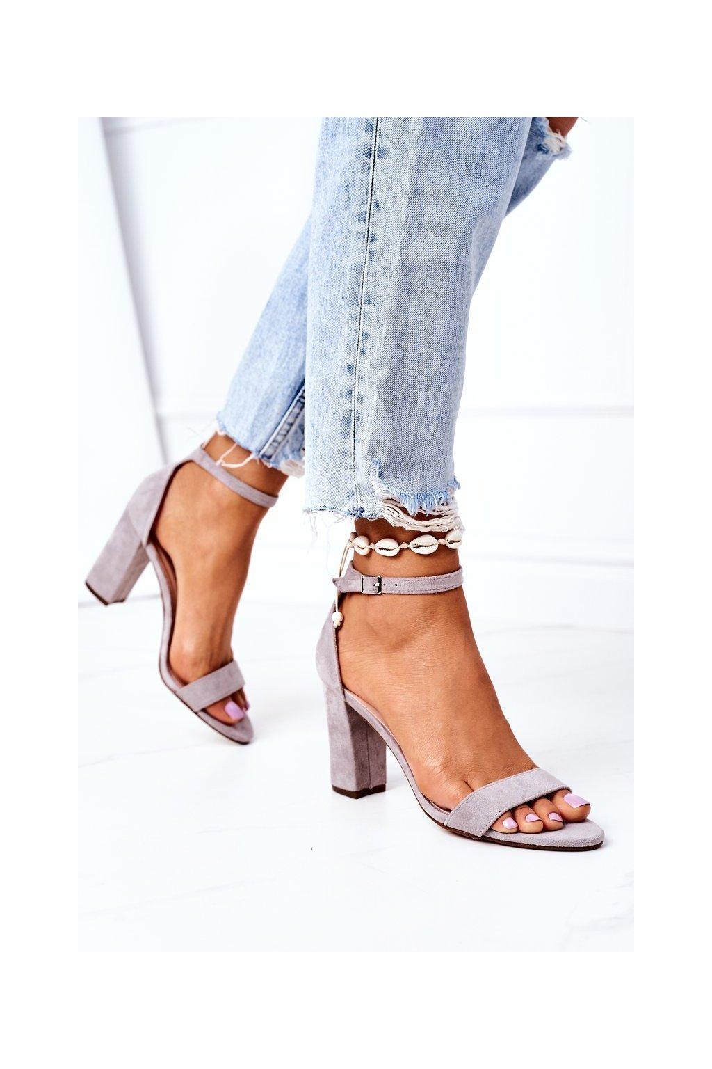 Dámske sandále farba sivá kód obuvi CD59 GREY
