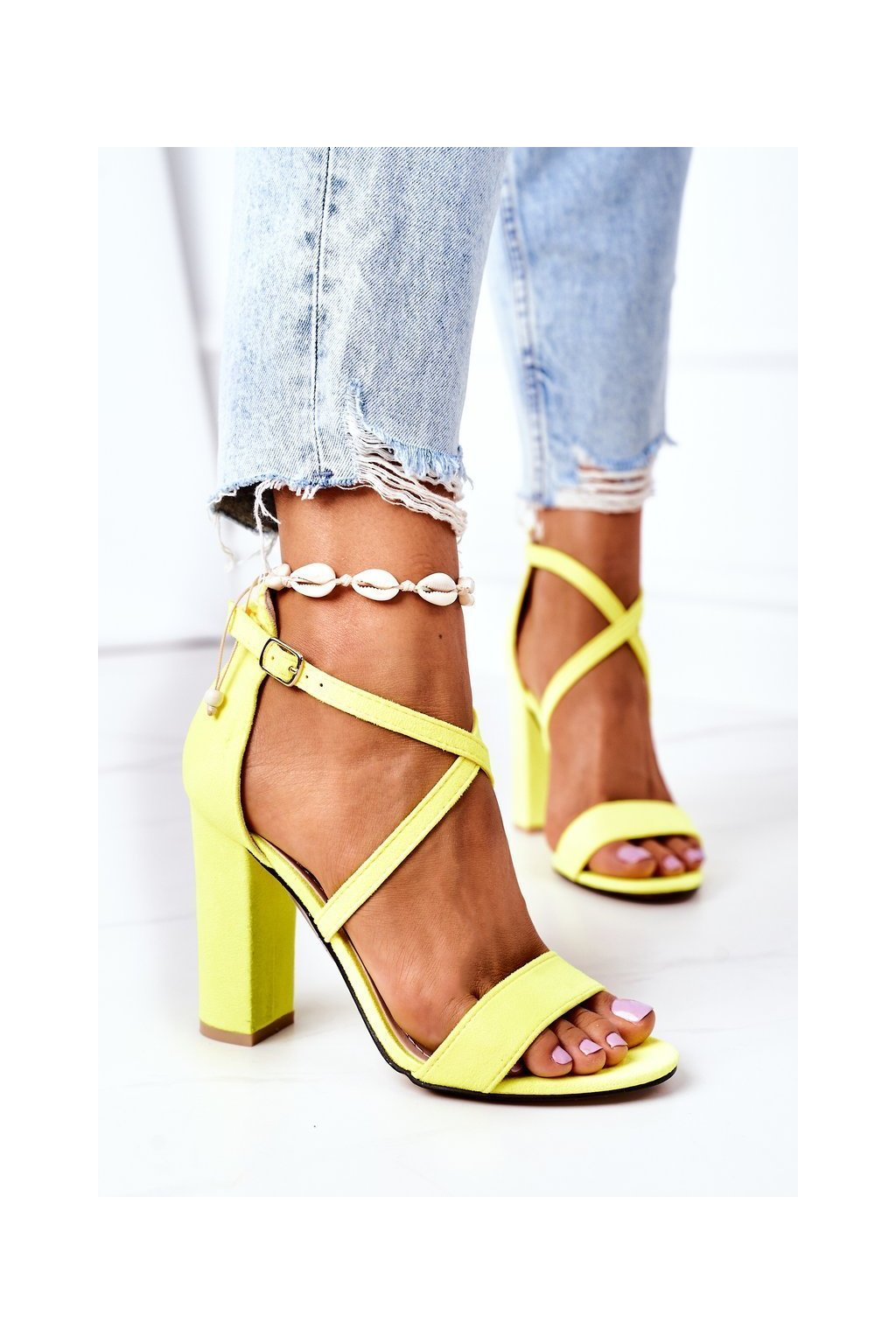 Dámske sandále farba žltá kód obuvi GG88 FLUO YELLOW