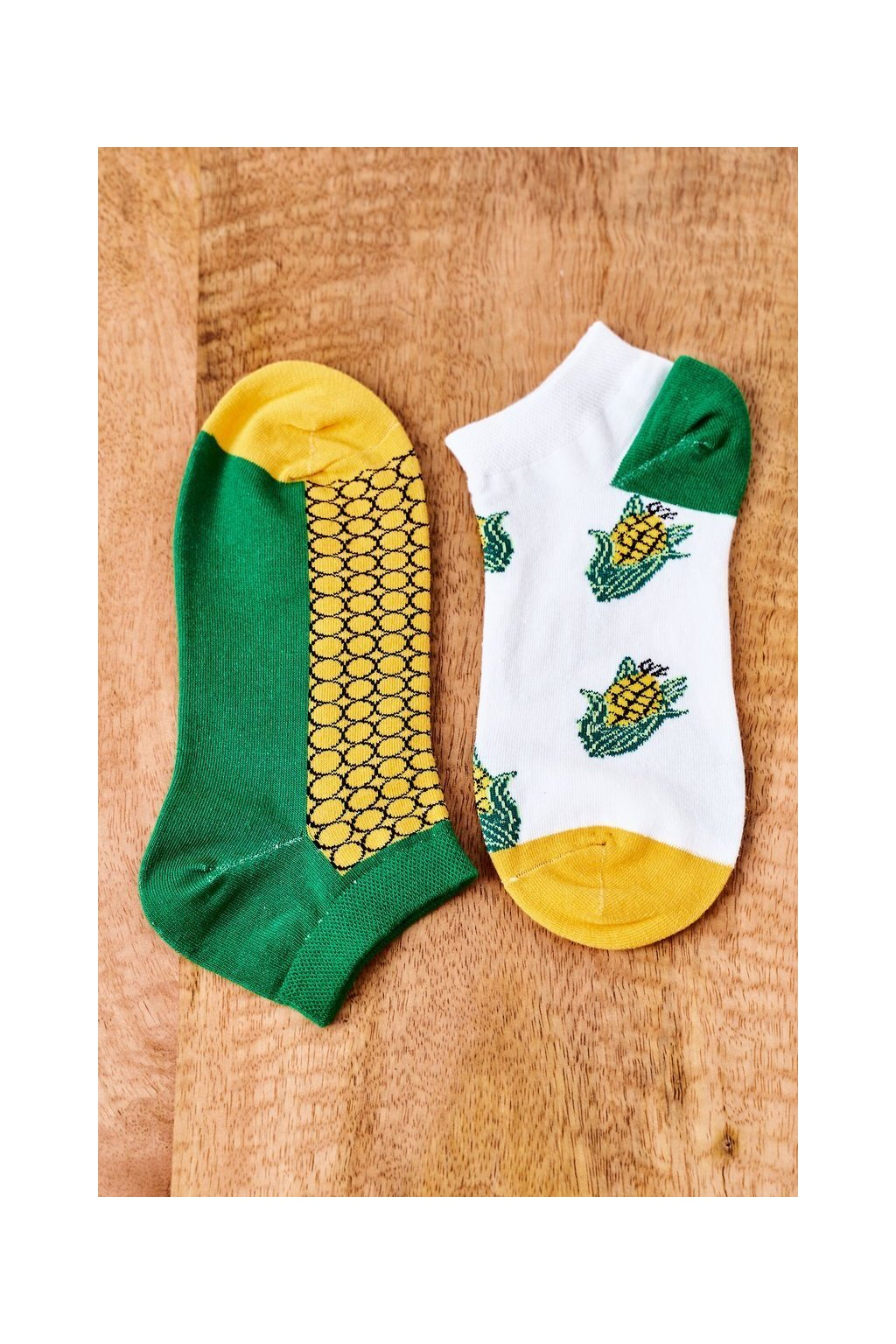 Dámske ponožky farba biela kód SK02870-1 KUKURYDZA