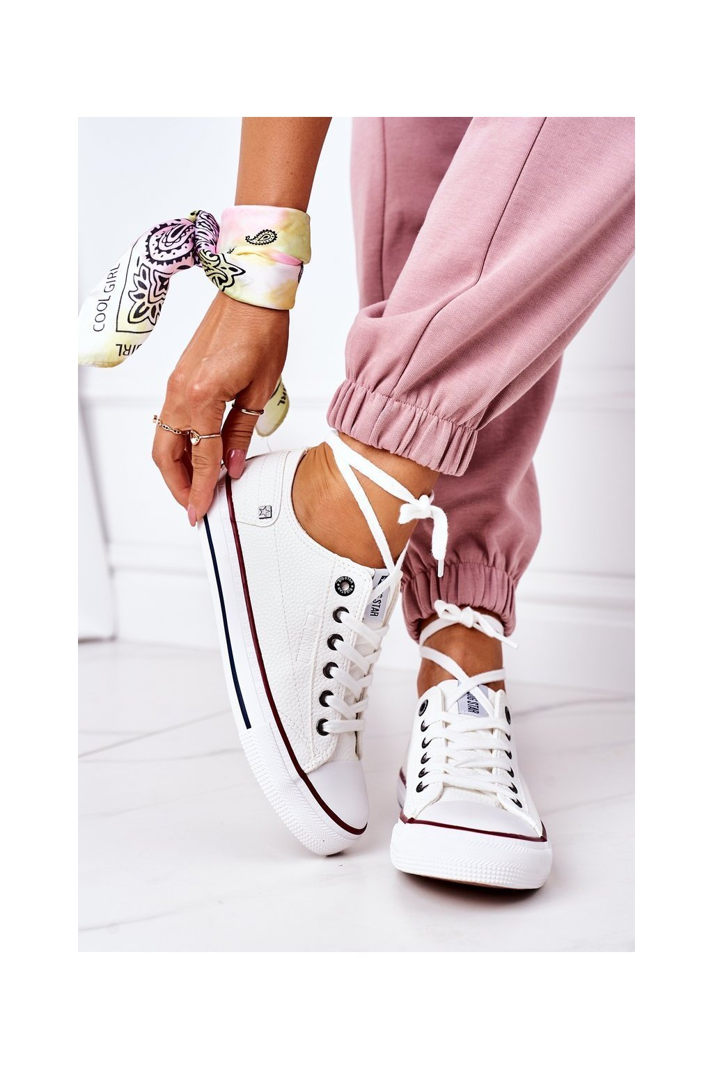 Dámske tenisky farba biela kód obuvi II274001 WHITE