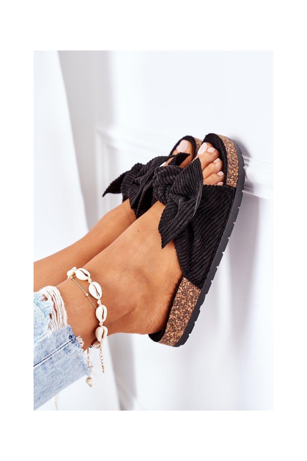Dámske šľapky farba čierna kód obuvi DZ116 BLACK