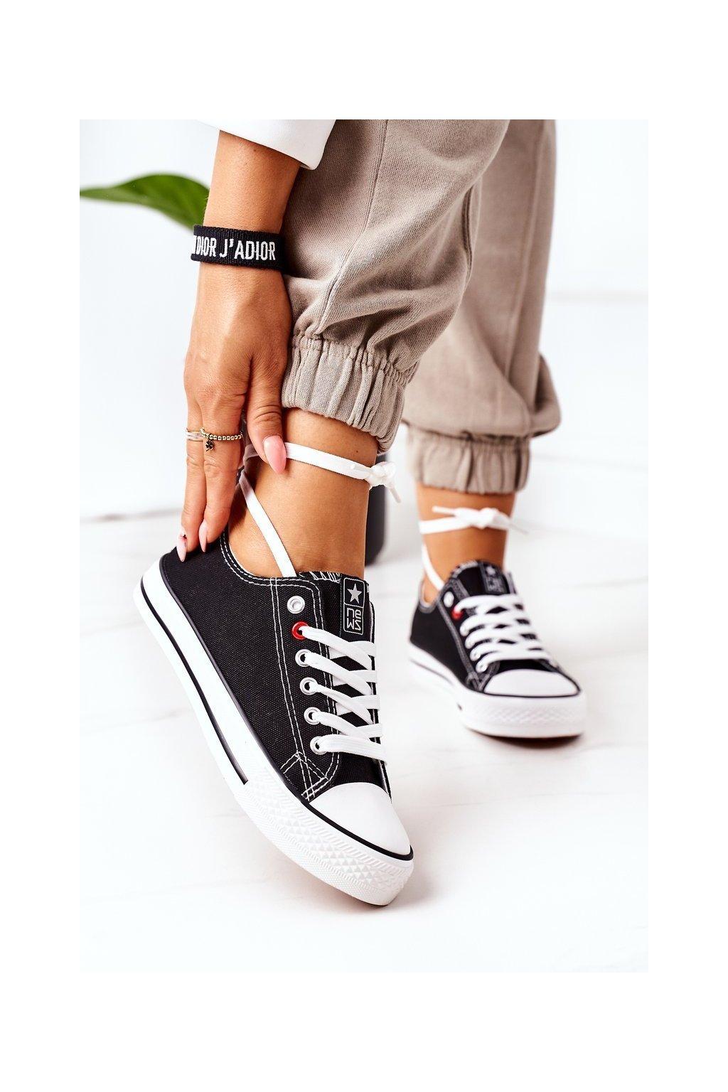 Dámske tenisky farba čierna kód obuvi 8SP30-4723 BLACK