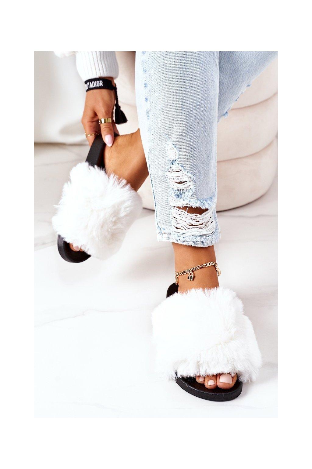 Dámske šľapky farba biela kód obuvi 886-20 WHITE