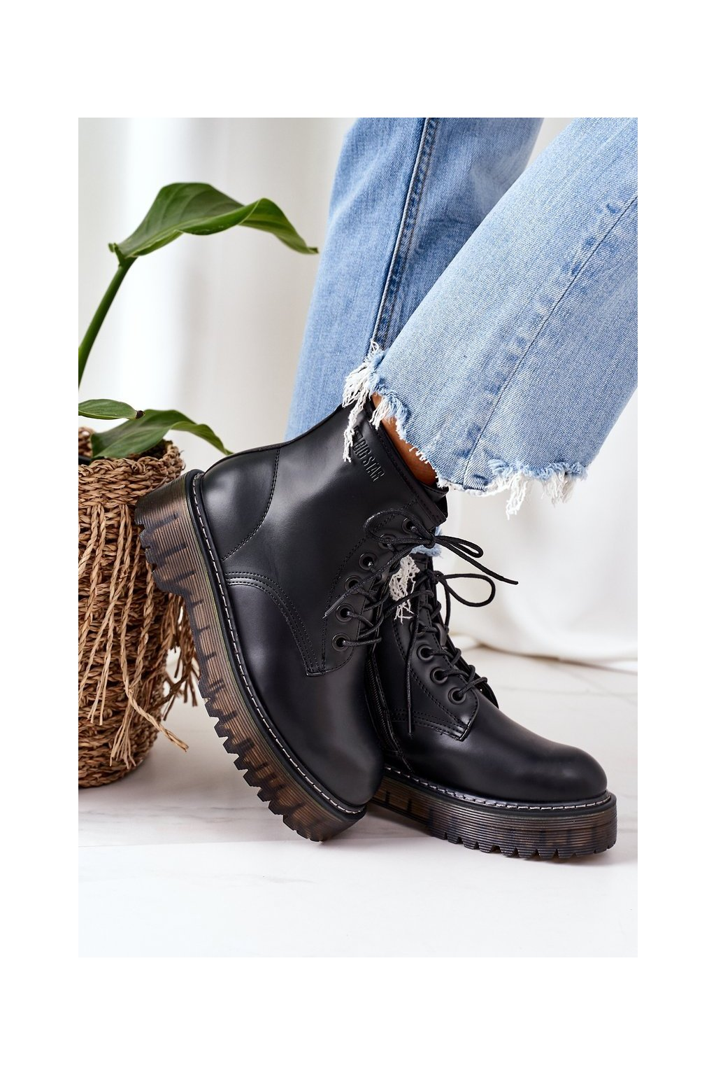 Členkové topánky na podpätku farba čierna kód obuvi II274110 BLACK
