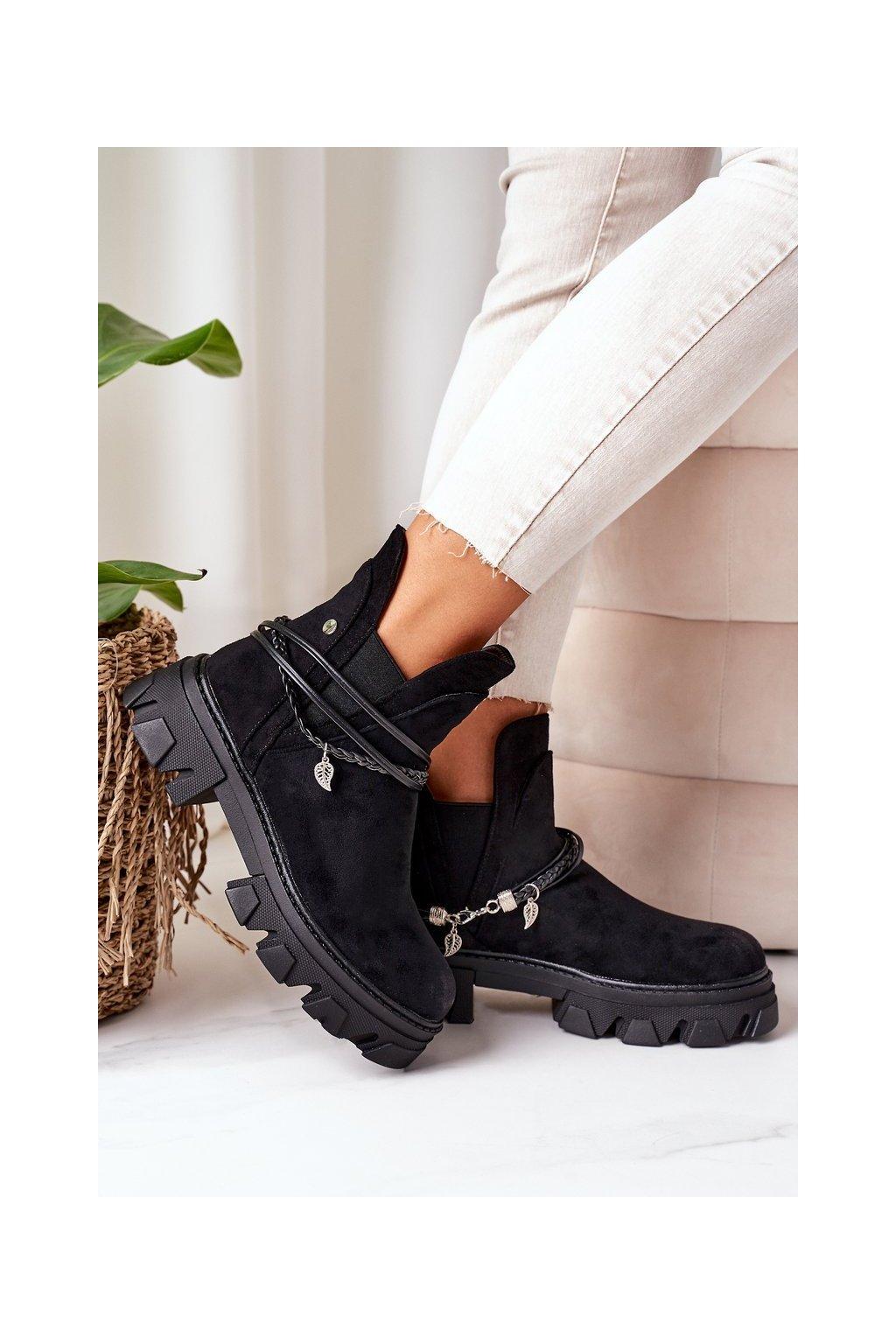 Členkové topánky na podpätku farba čierna kód obuvi NC1199 BLACK