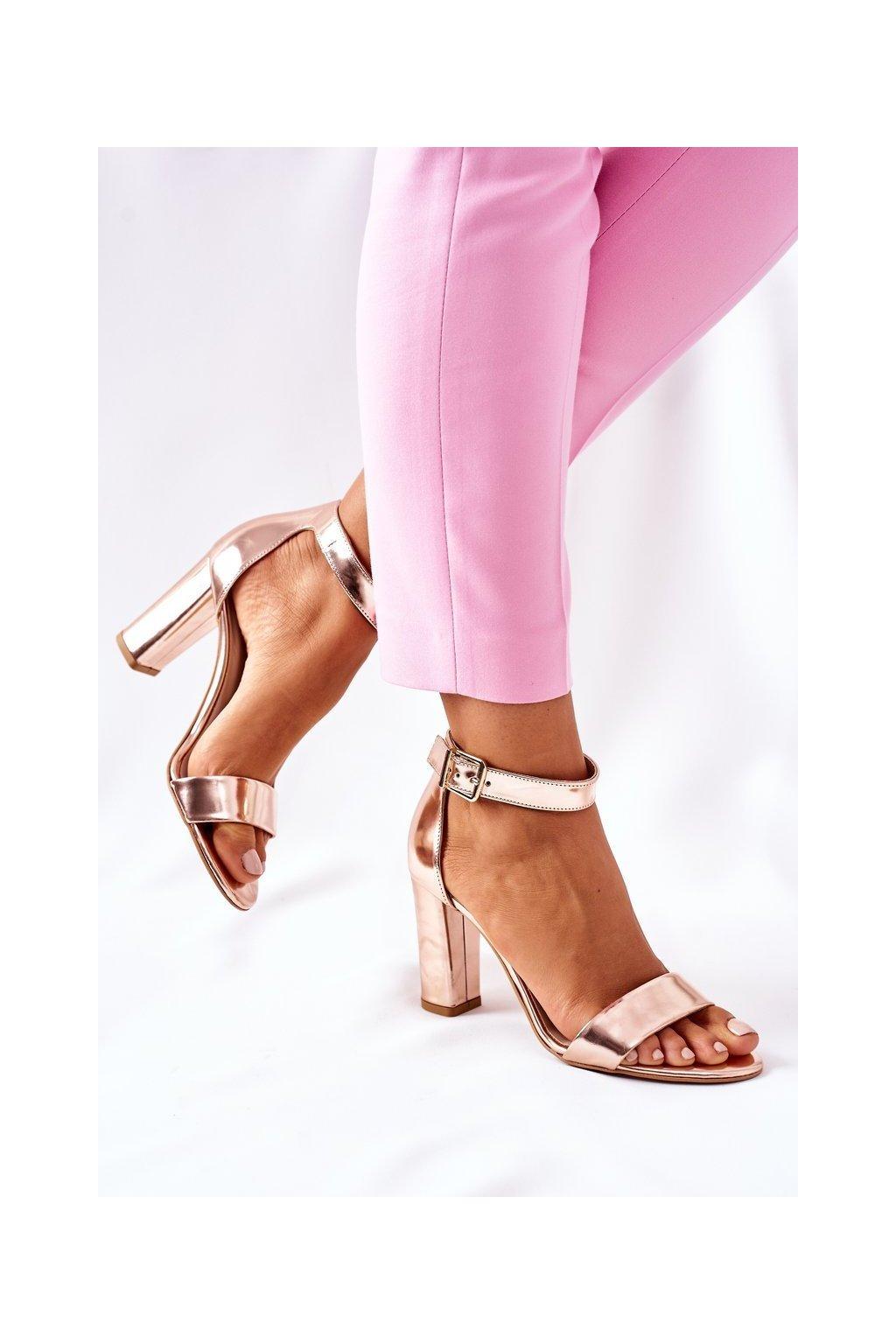 Dámske sandále farba ružová kód obuvi 1760 713 CHAMPAGNE