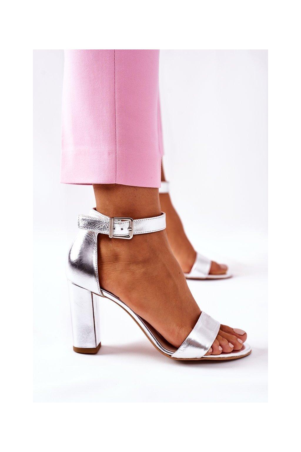 Dámske sandále farba sivá kód obuvi 1760 192 SILVER