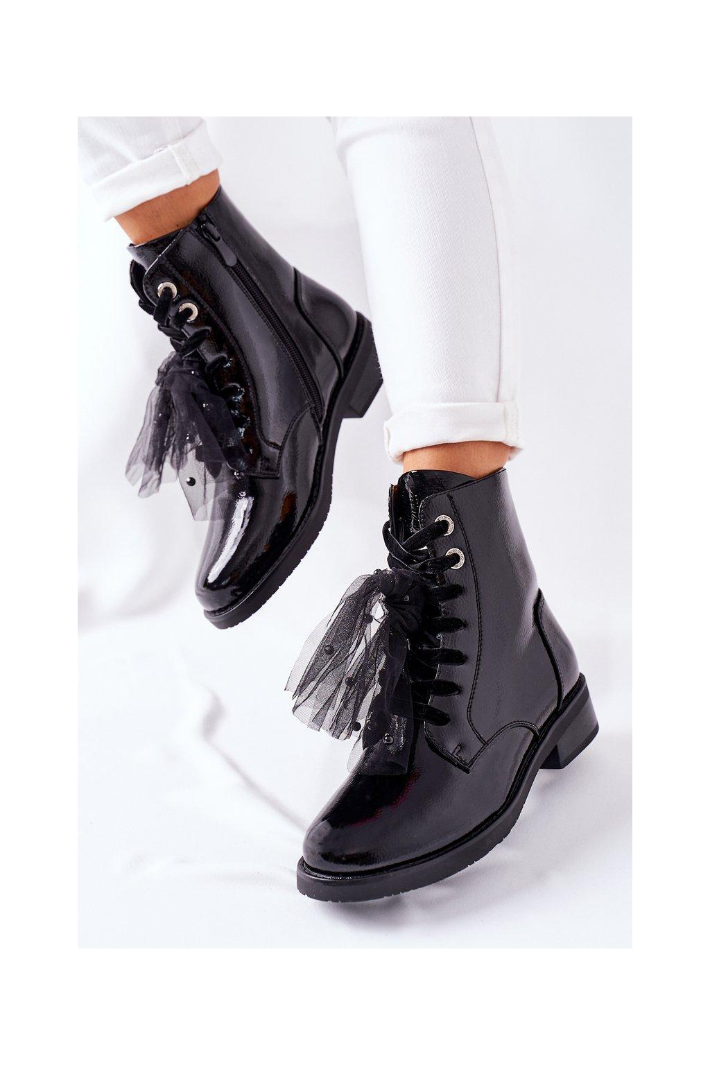 Členkové topánky na podpätku farba čierna kód obuvi 39 BLK