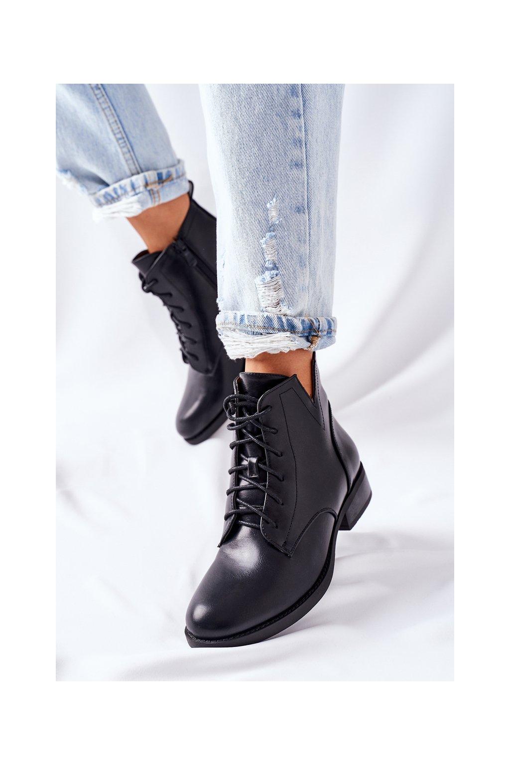 Členkové topánky na podpätku farba čierna kód obuvi 75-88 BLACK