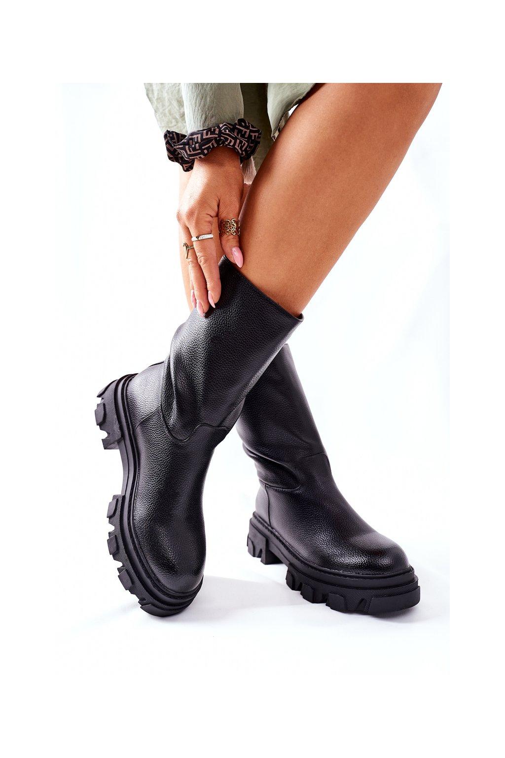 Členkové topánky na podpätku farba čierna kód obuvi 12Y-2 BLK