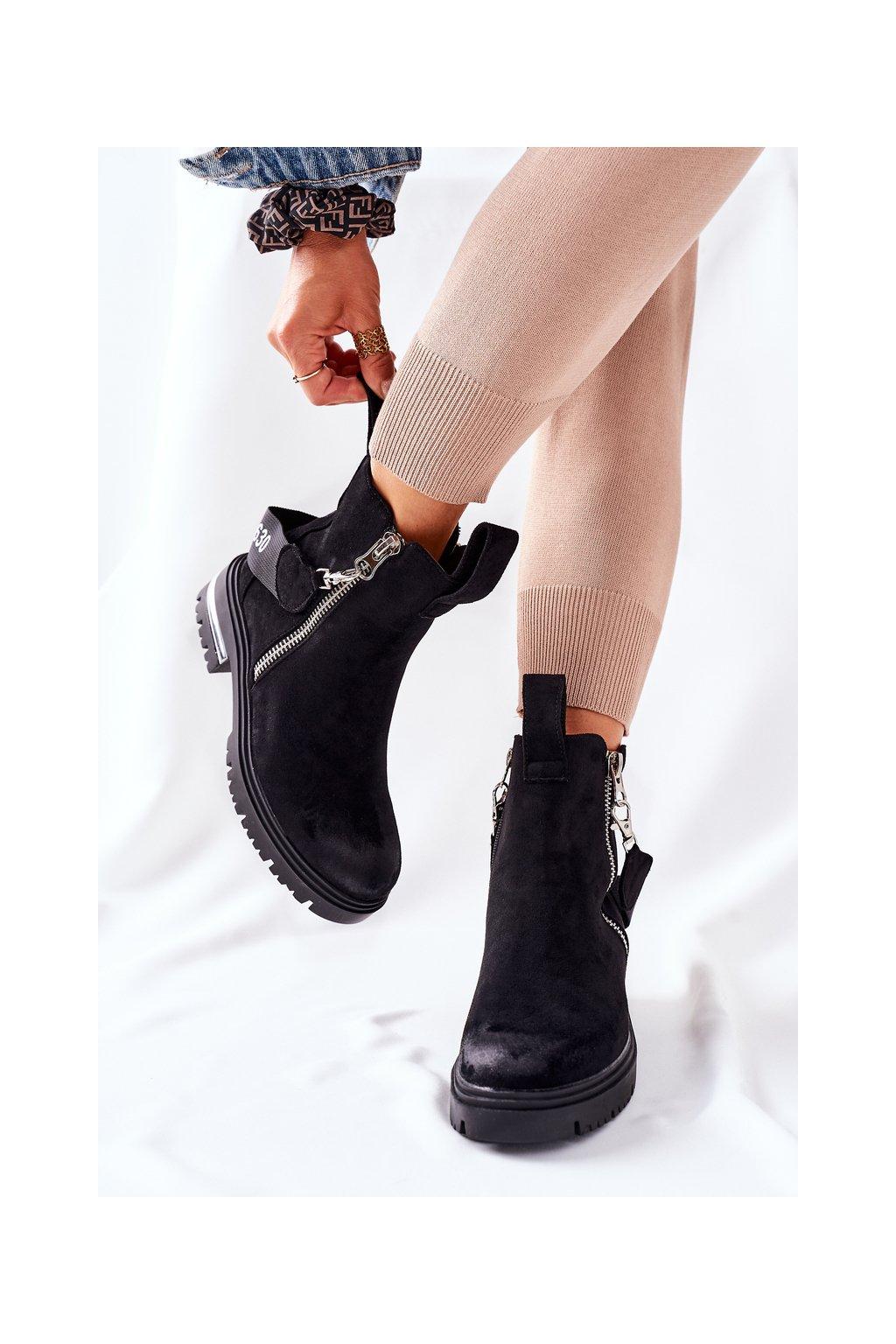 Členkové topánky na podpätku farba čierna kód obuvi NC1159 BLK