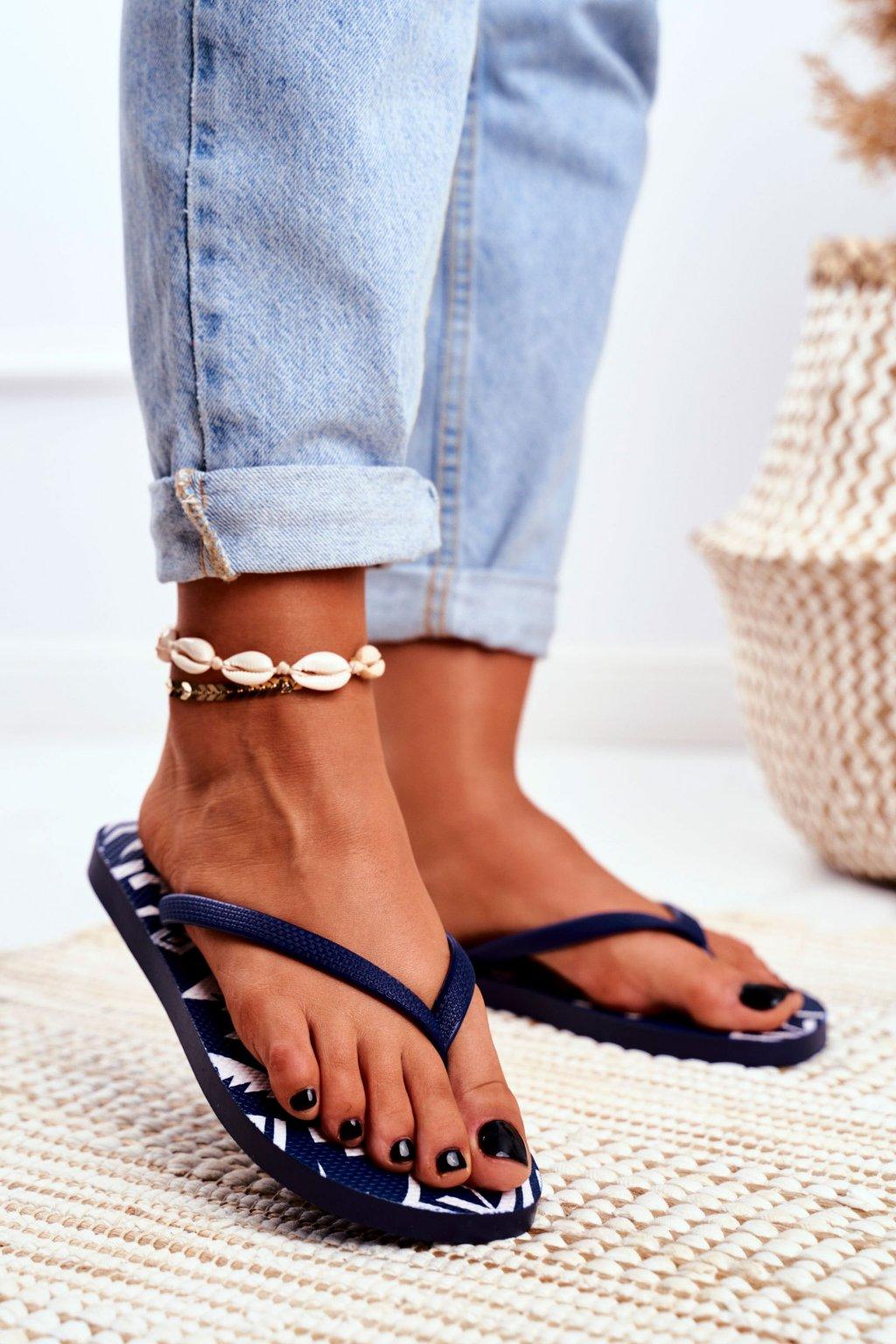 Dámske šľapky farba modrá kód obuvi LS-001 NAVY