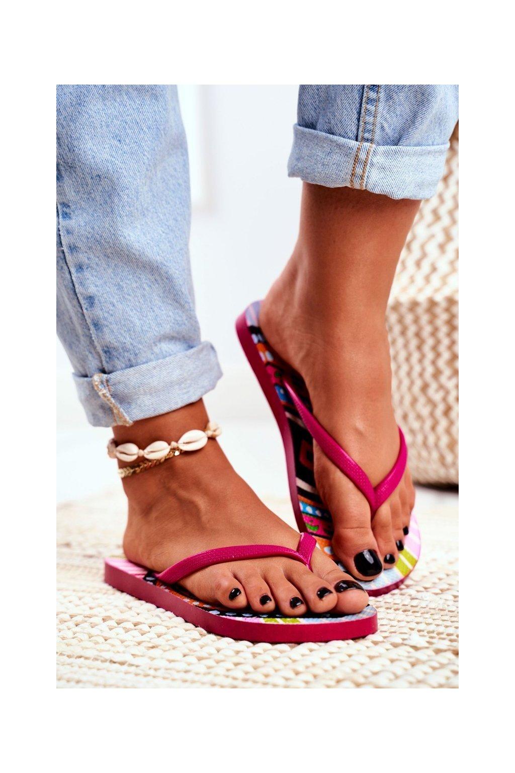 Dámske šľapky farba ružová kód obuvi LS-002 PINK