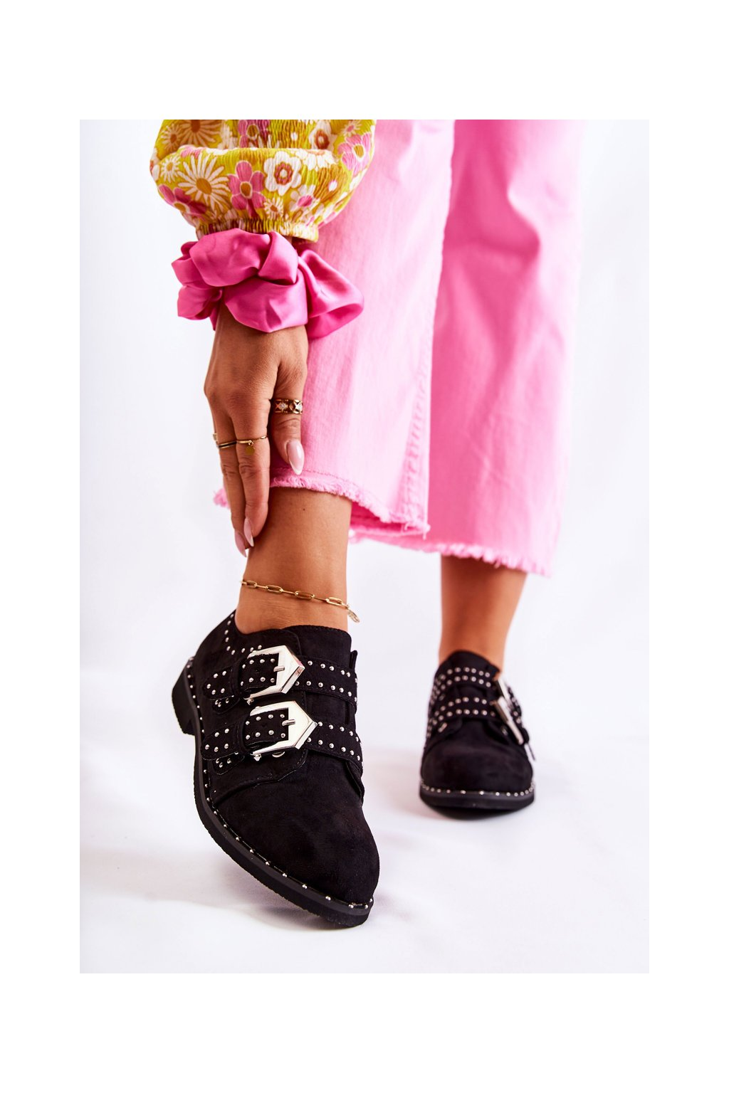 Dámske poltopánky farba čierna kód obuvi XW37311 BLK
