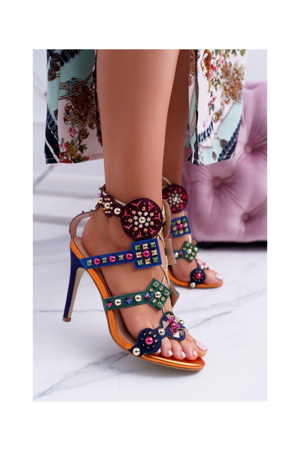 Dámske sandále na podpätku farba viacfarebná kód obuvi 1428-40 COLORFUL