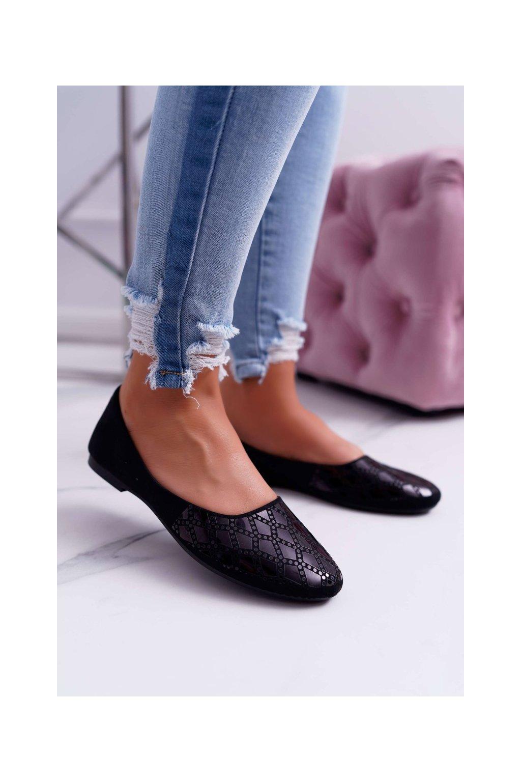 Dámske balerínky farba čierna kód obuvi 9BL02-1133 BLK