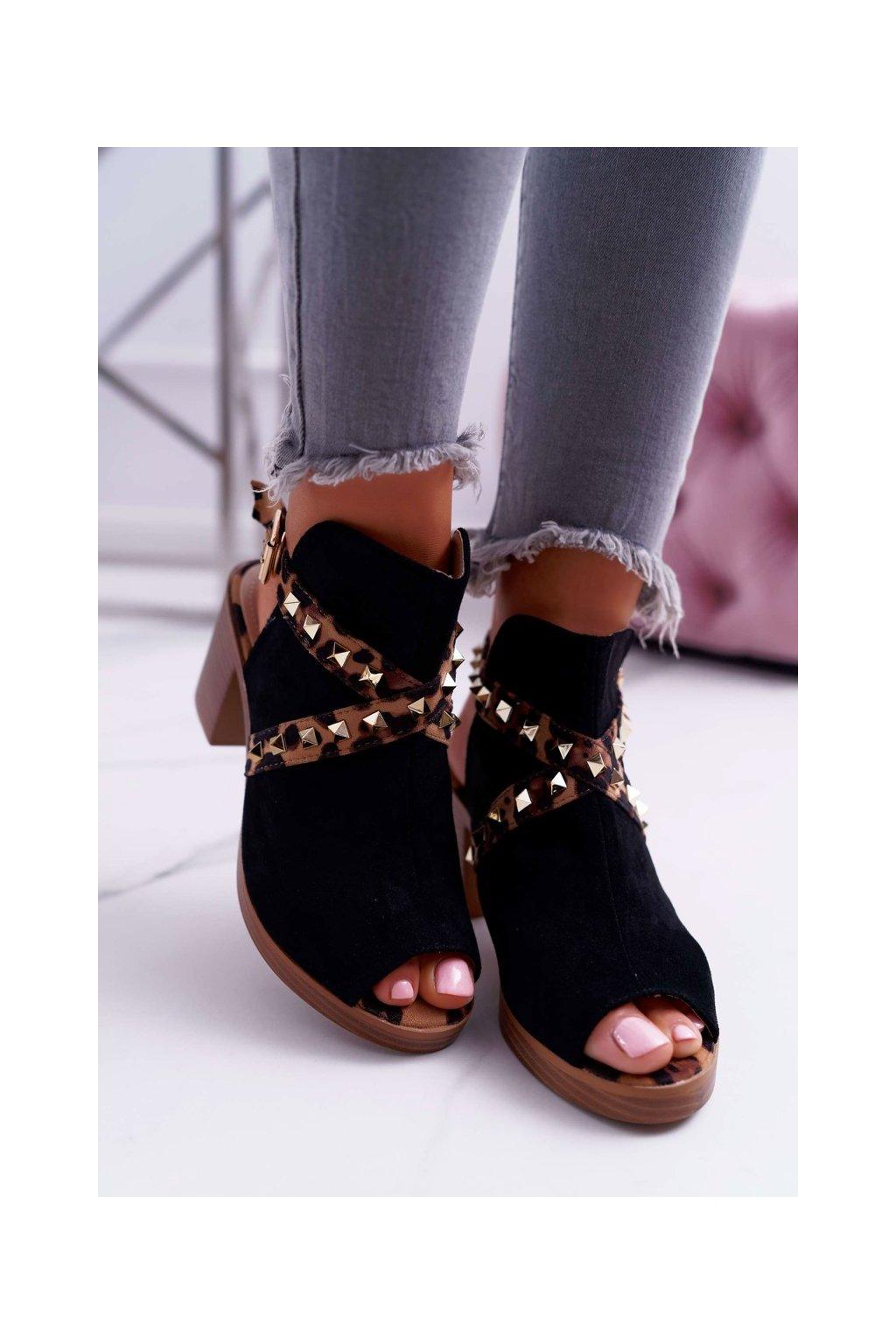 Dámske sandále na podpätku farba čierna kód obuvi 318-30 BLK