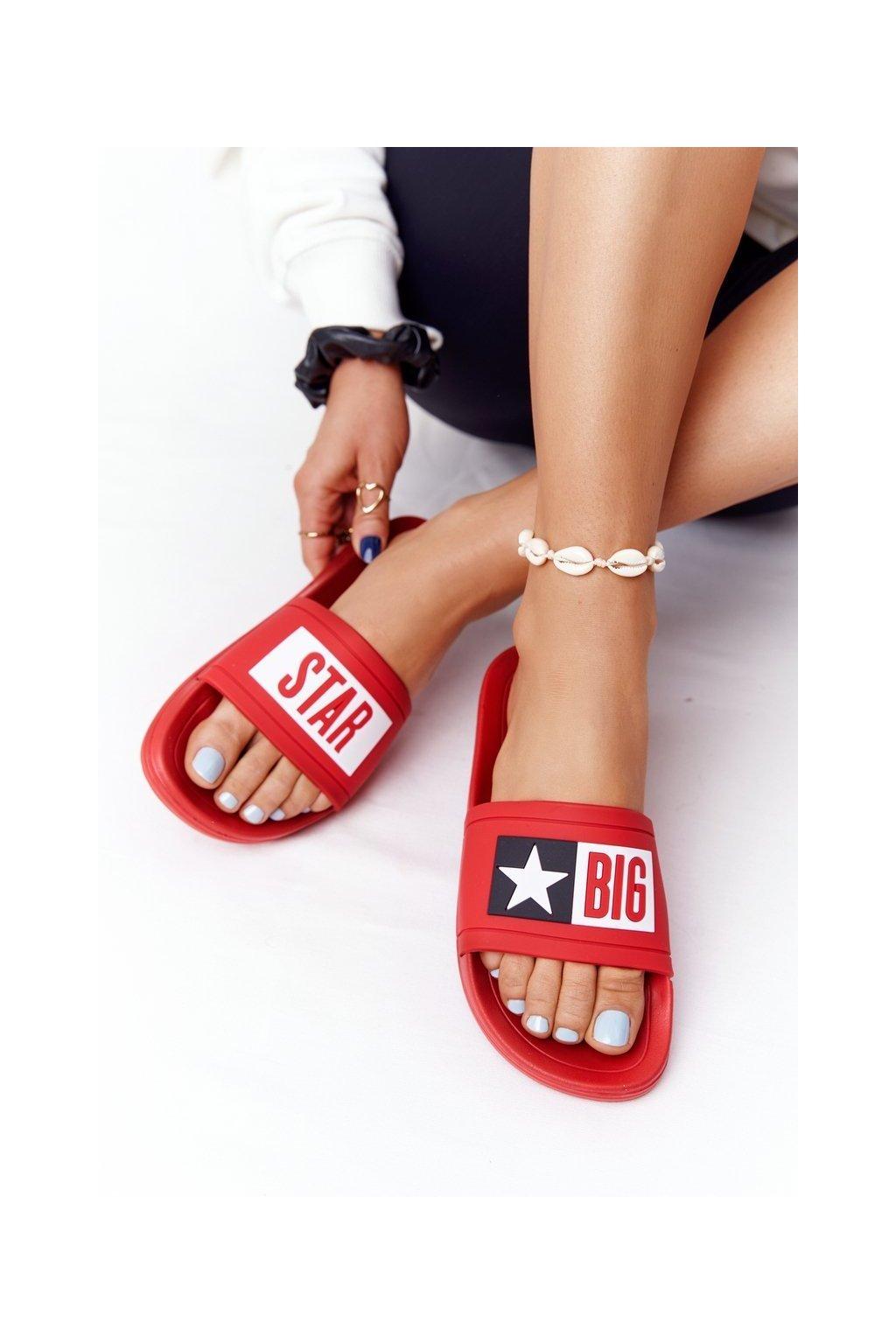 Dámske šľapky farba červená kód obuvi DD274A267 RED