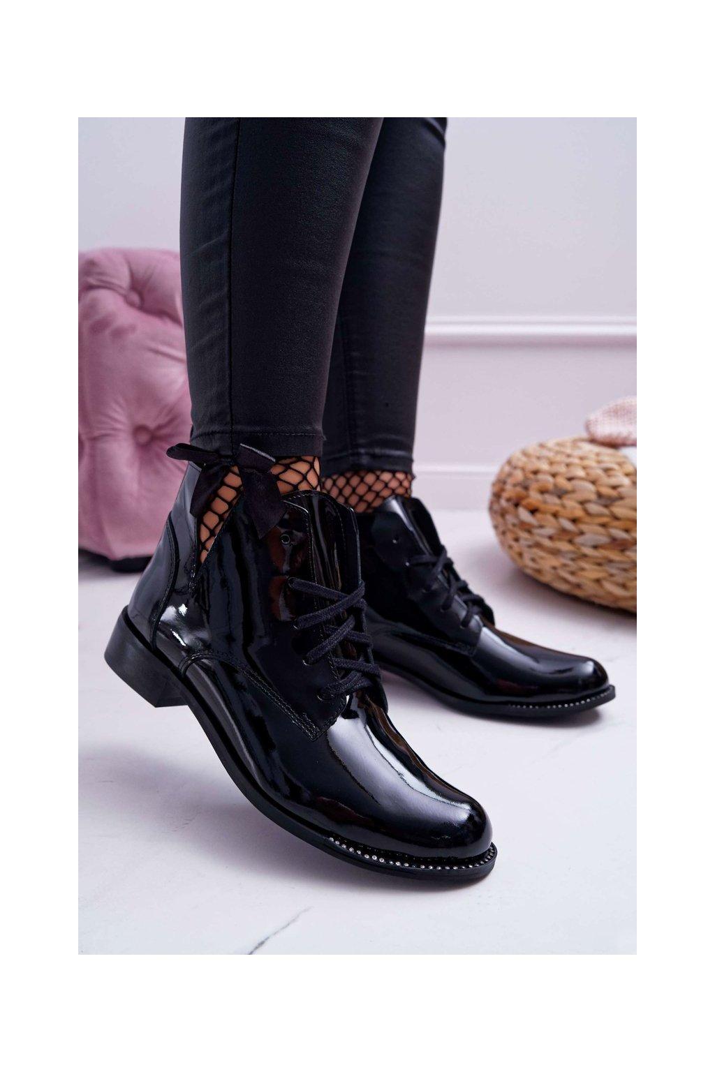 Členkové topánky na podpätku farba čierna kód obuvi 2420 BLK/L