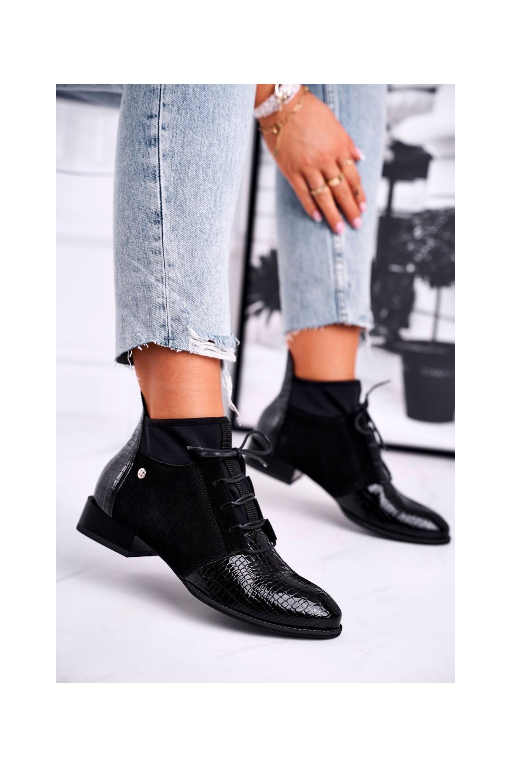 Členkové topánky na podpätku farba čierna kód obuvi 04744-20/00-7 BLK