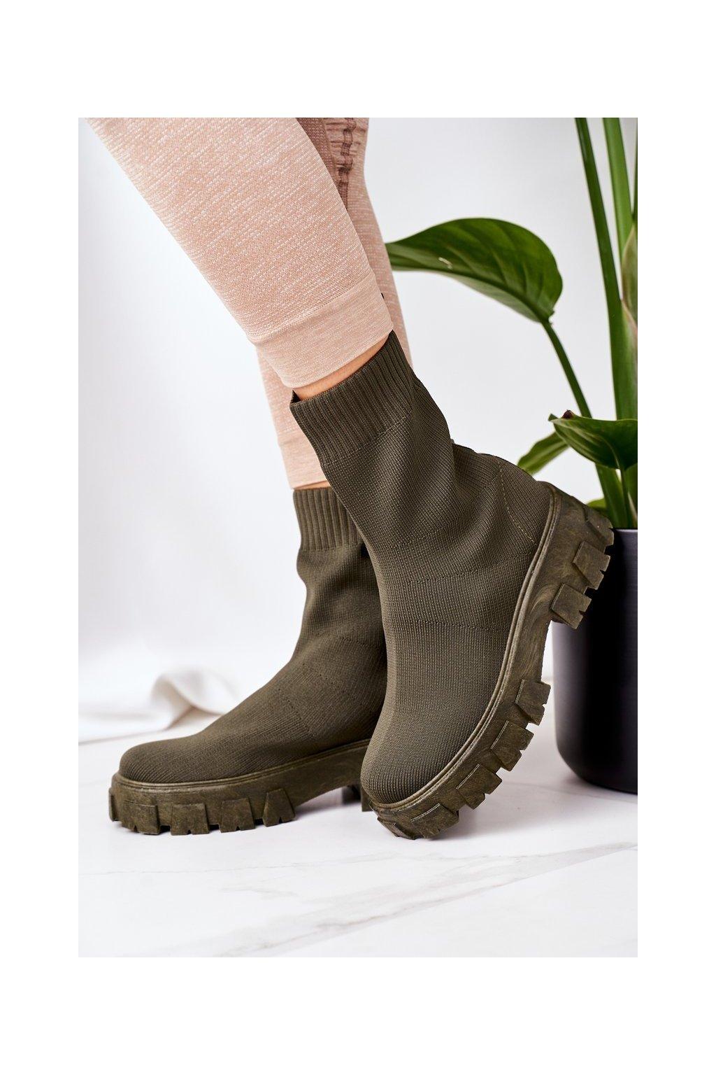 Členkové topánky na podpätku farba zelená kód obuvi PP01 GREEN