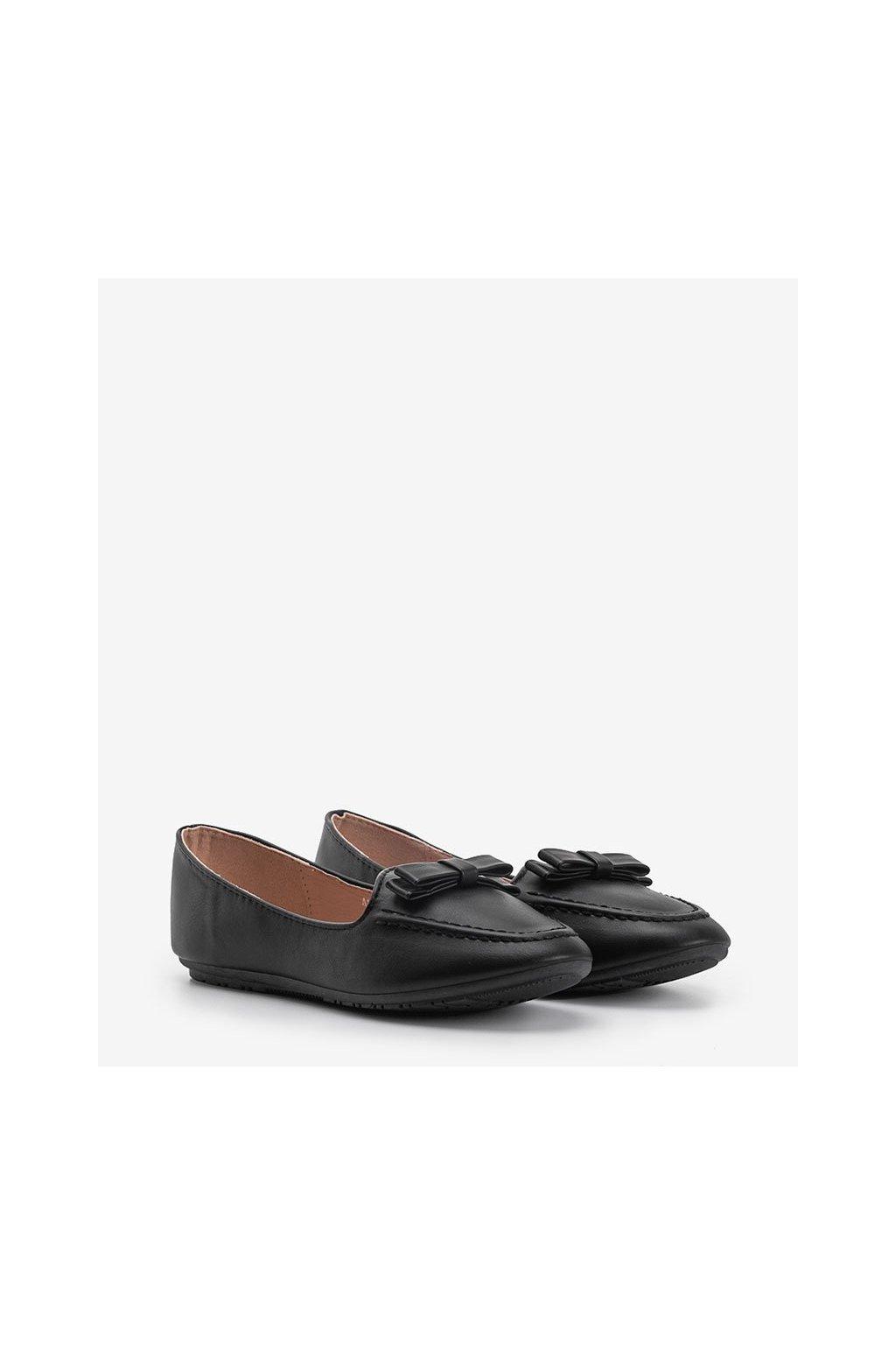 Dámske topánky mokasíny čierne kód A8637 - GM