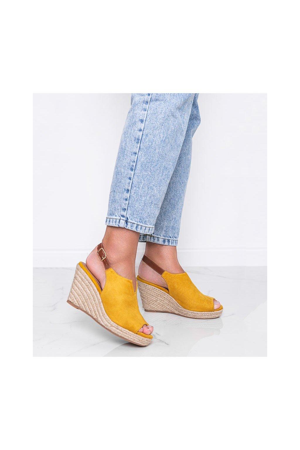 Dámske topánky sandále žlté kód 9R61 - GM
