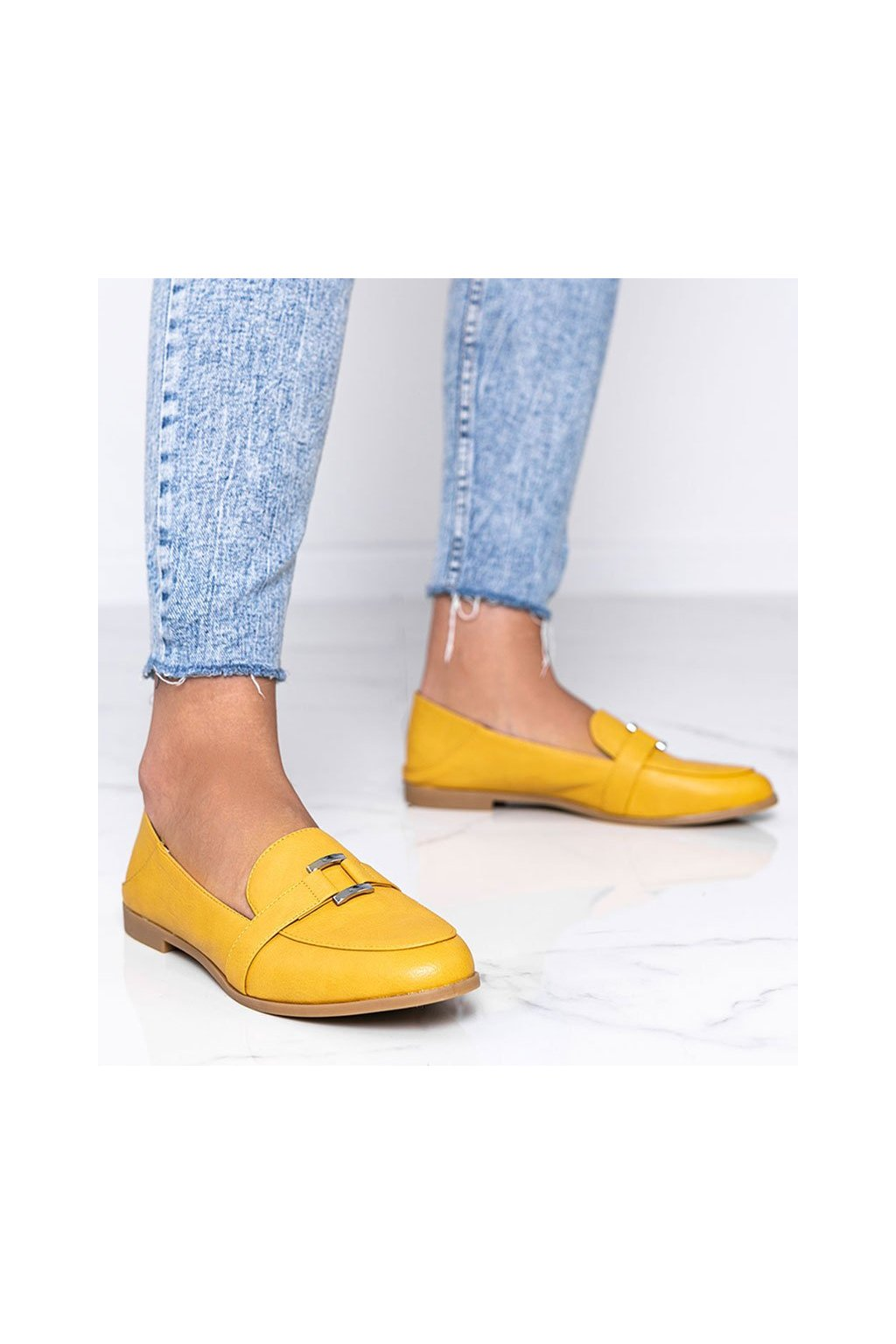 Dámske topánky mokasíny žlté kód 4585 - GM