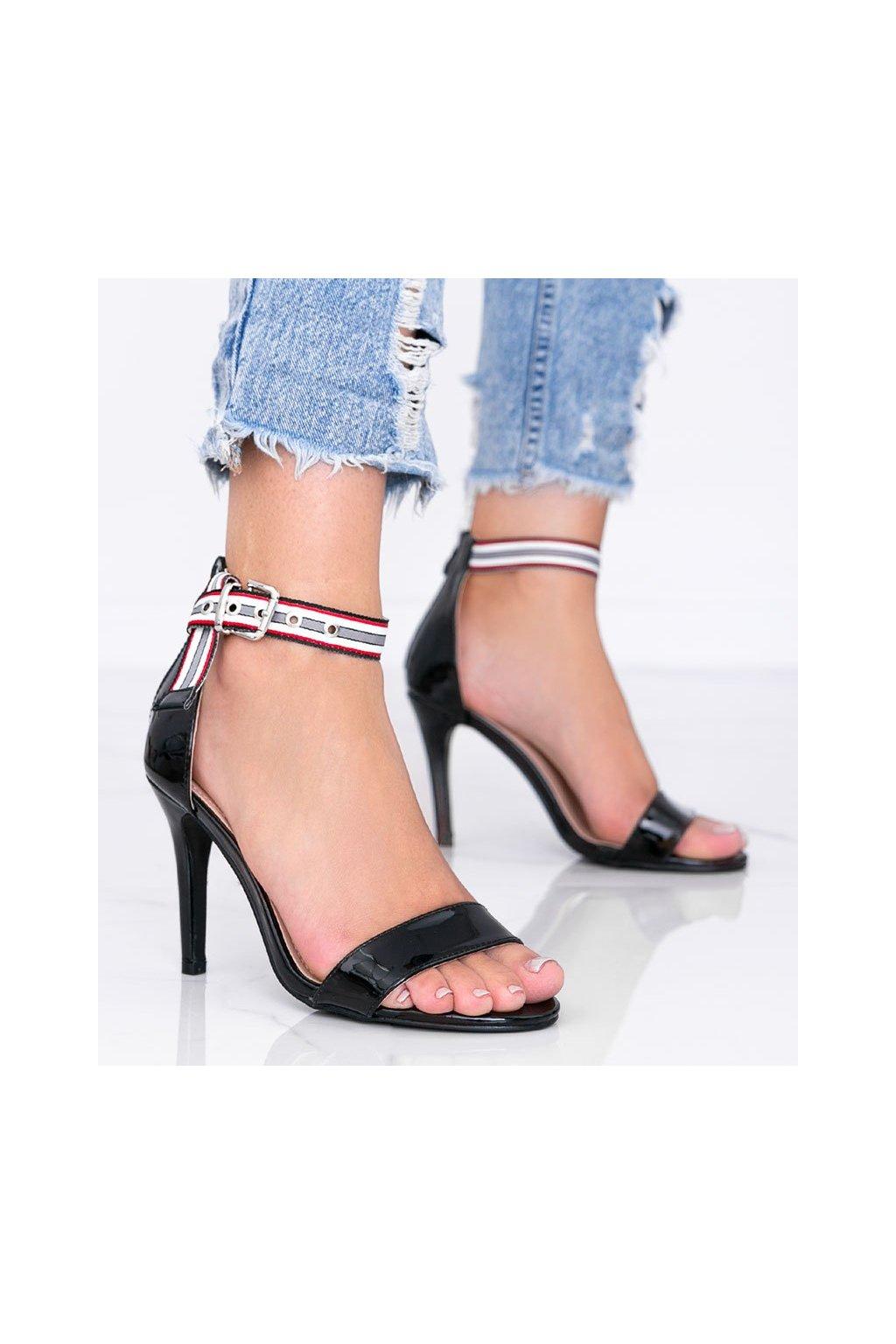 Dámske topánky sandále čierne kód 58-596 - GM