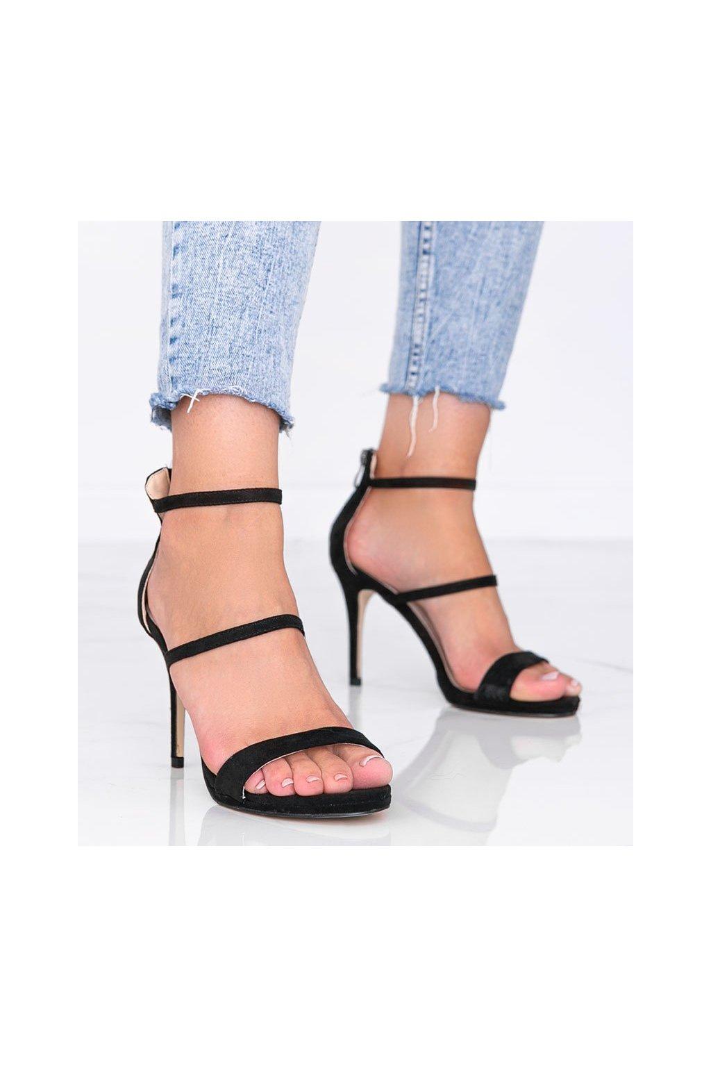 Dámske topánky sandále čierne kód 7039 - GM