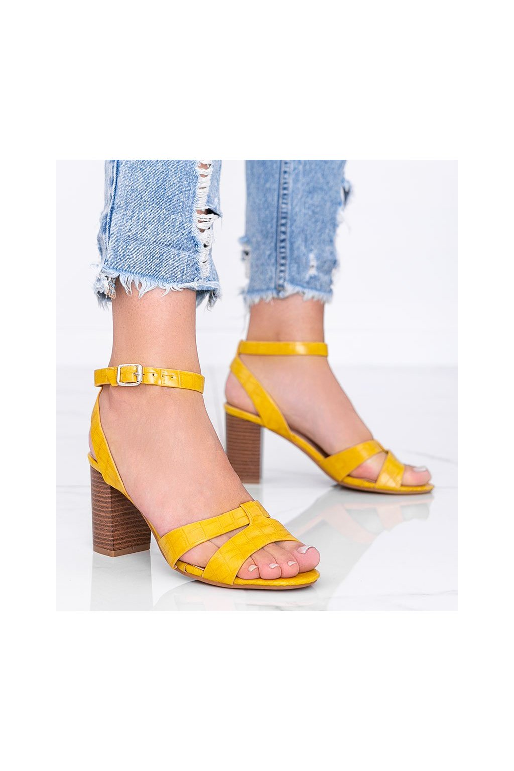 Dámske topánky sandále žlté kód 333-12 - GM