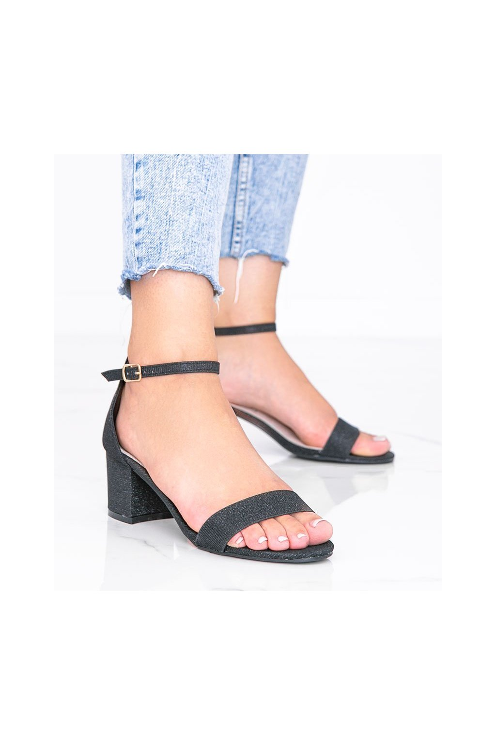 Dámske topánky sandále čierne kód LEI-360 - GM