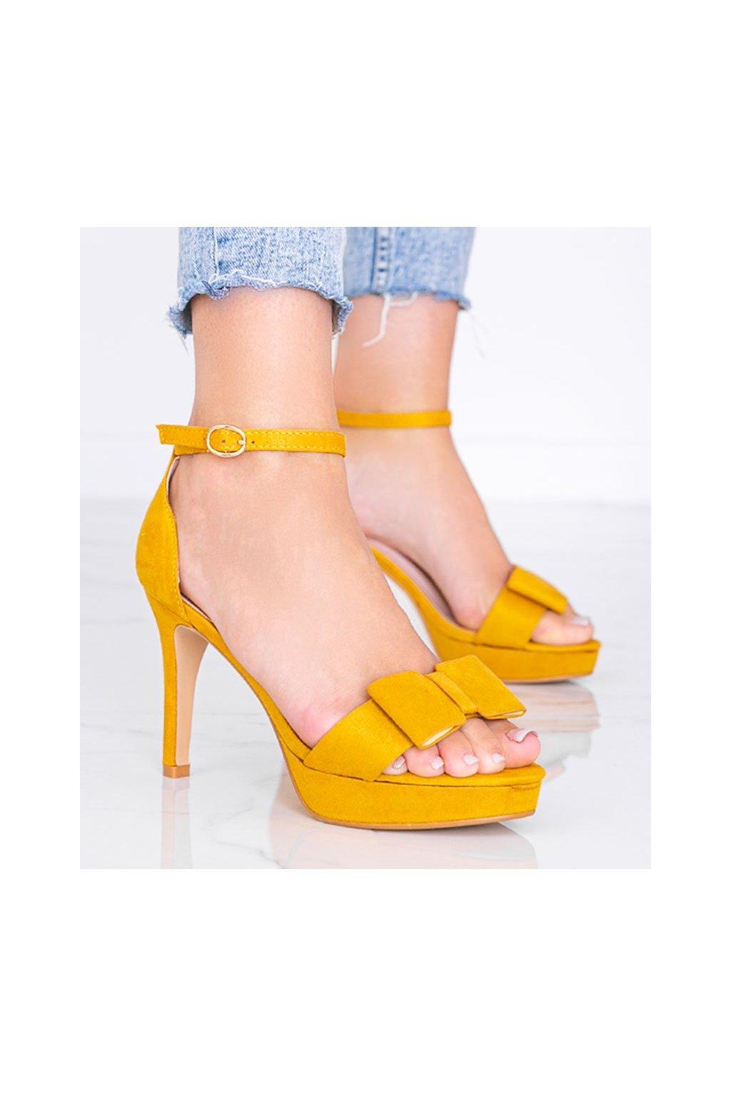 Dámske topánky sandále žlté kód 9R32 - GM