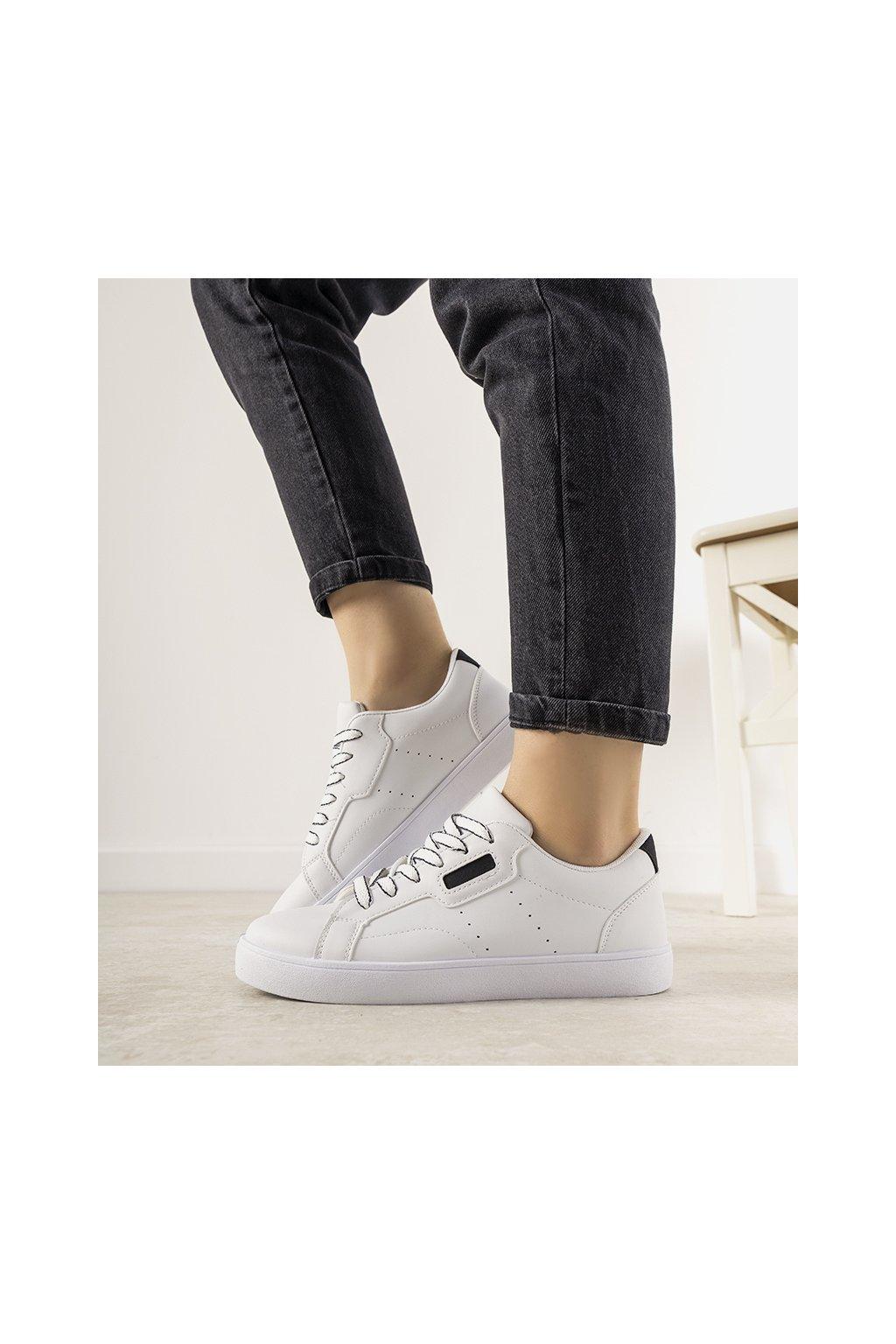 Dámske topánky tenisky biele kód CZ-788 - GM