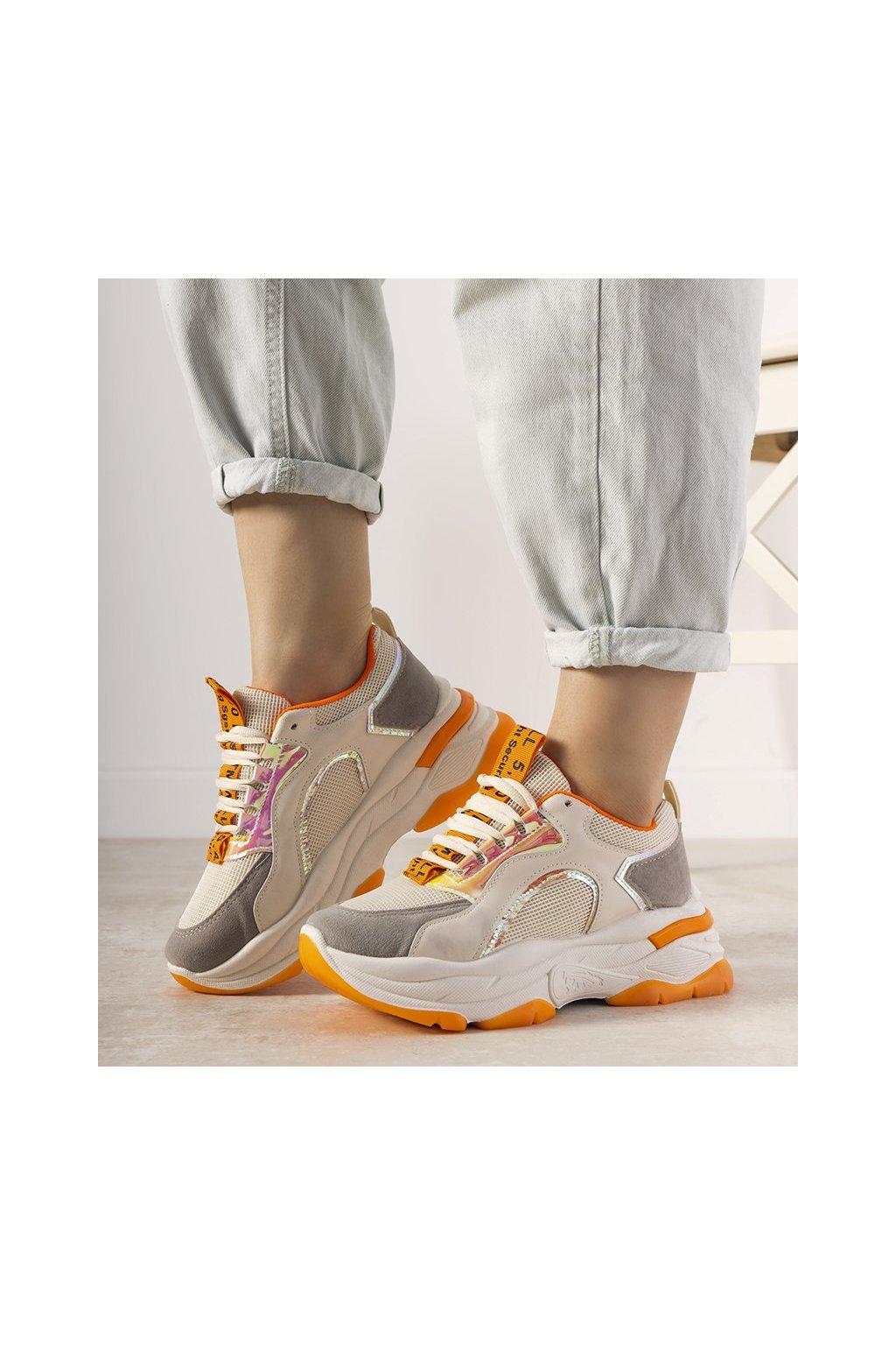 Dámske topánky tenisky biele kód R12YD518-11 - GM