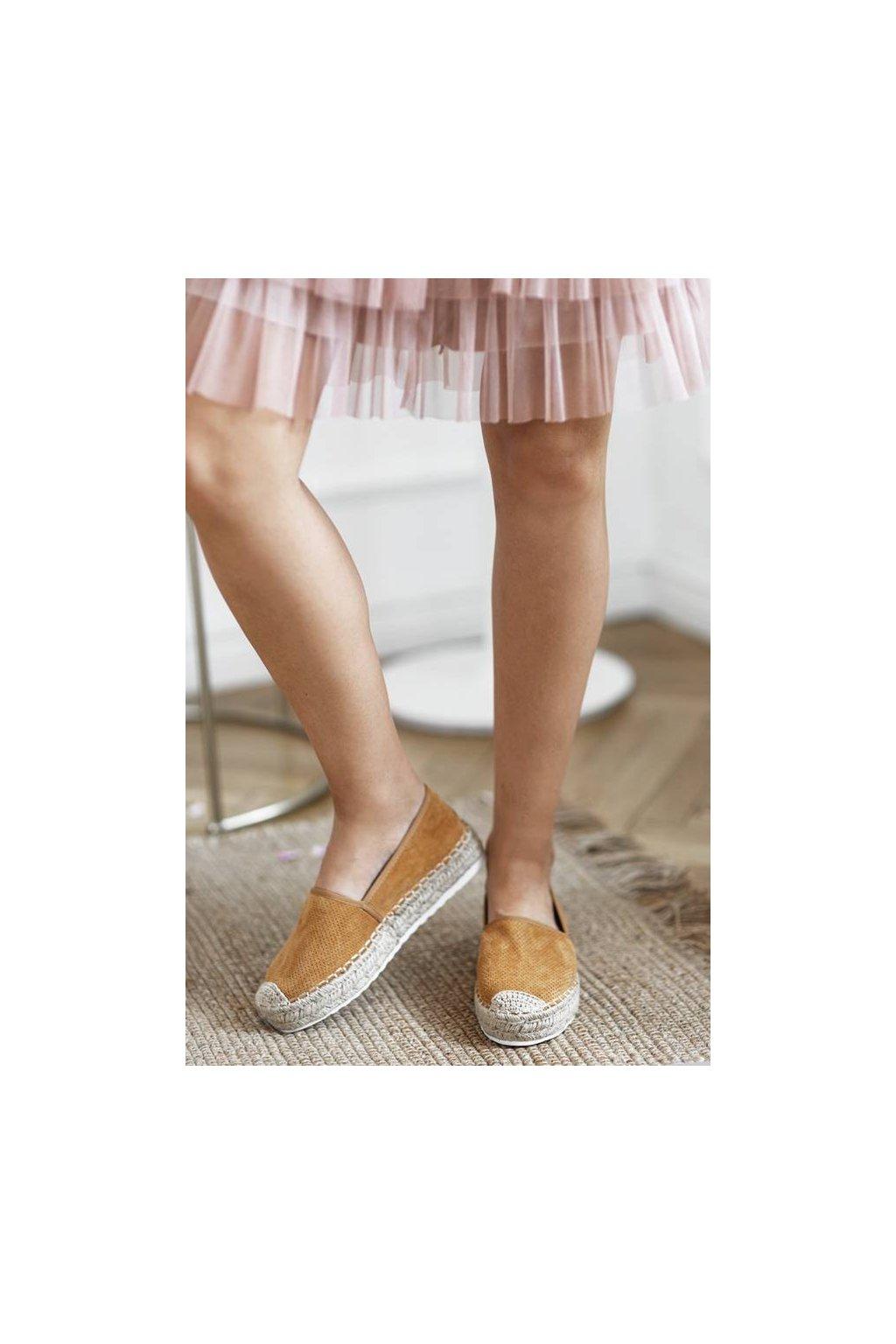 Dámske topánky espadrilky hnedé kód - GM