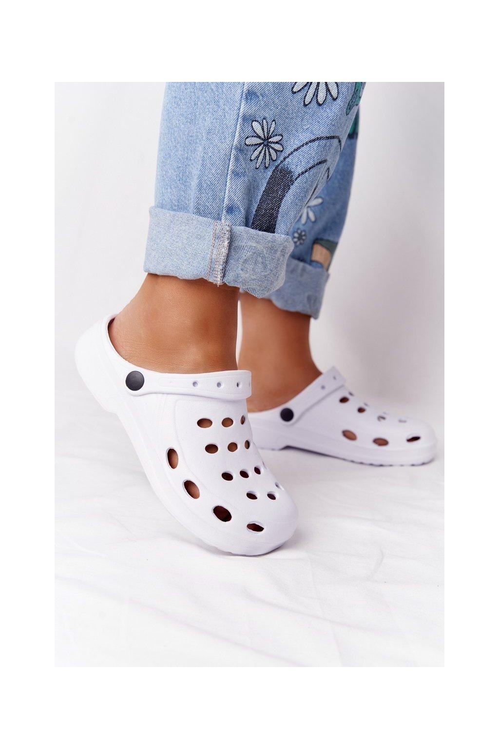 Dámske šľapky farba biela kód obuvi A-002 WHITE