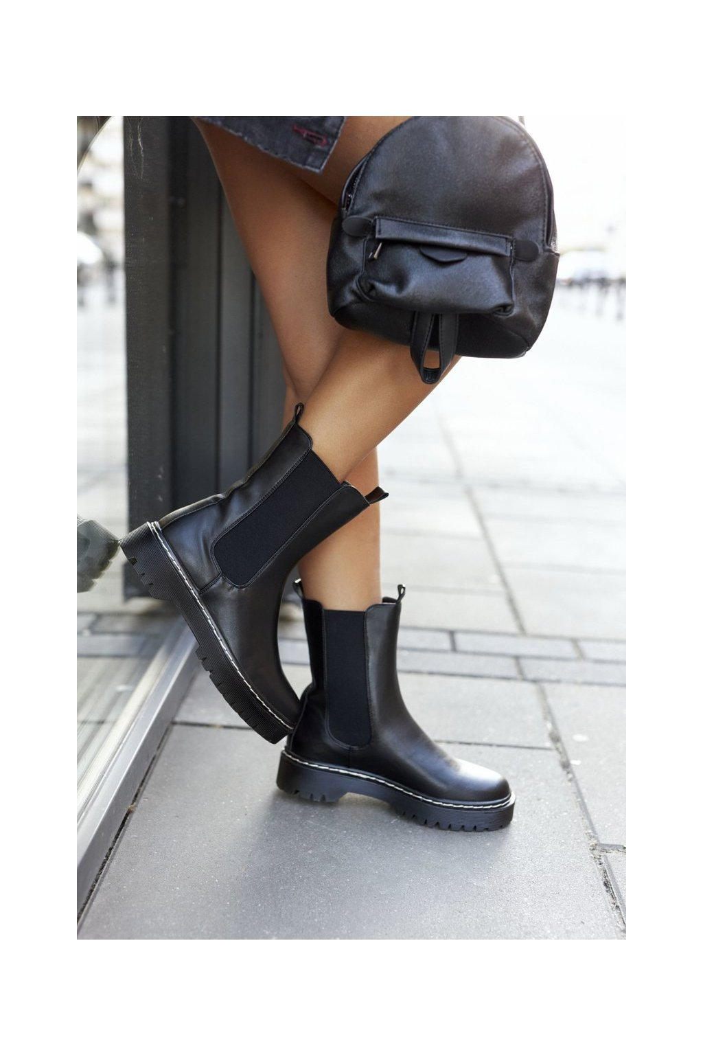 Členkové topánky na podpätku farba čierna kód obuvi 201-70A BLK