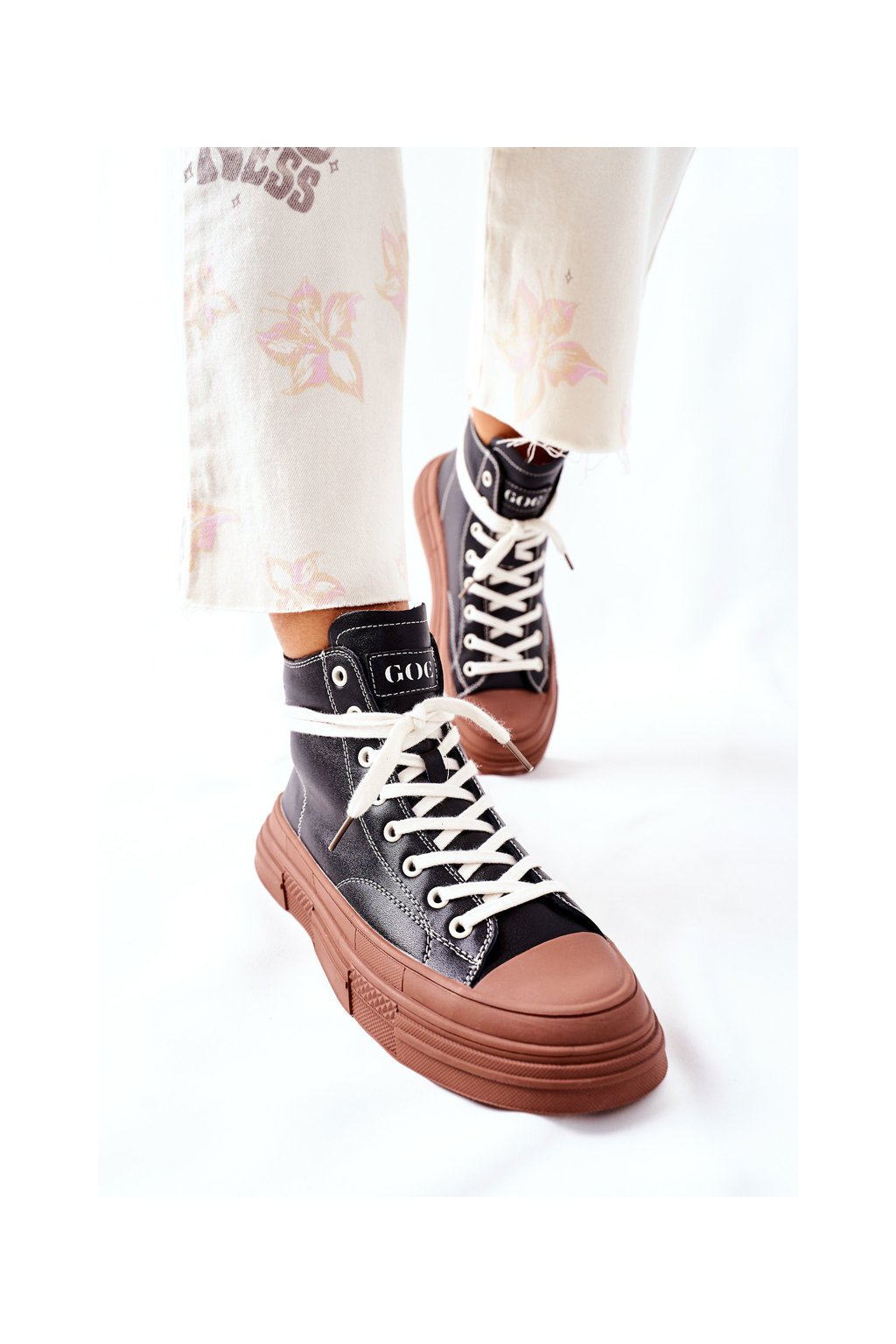 Dámske tenisky farba čierna kód obuvi II2N4033 BLK/BR